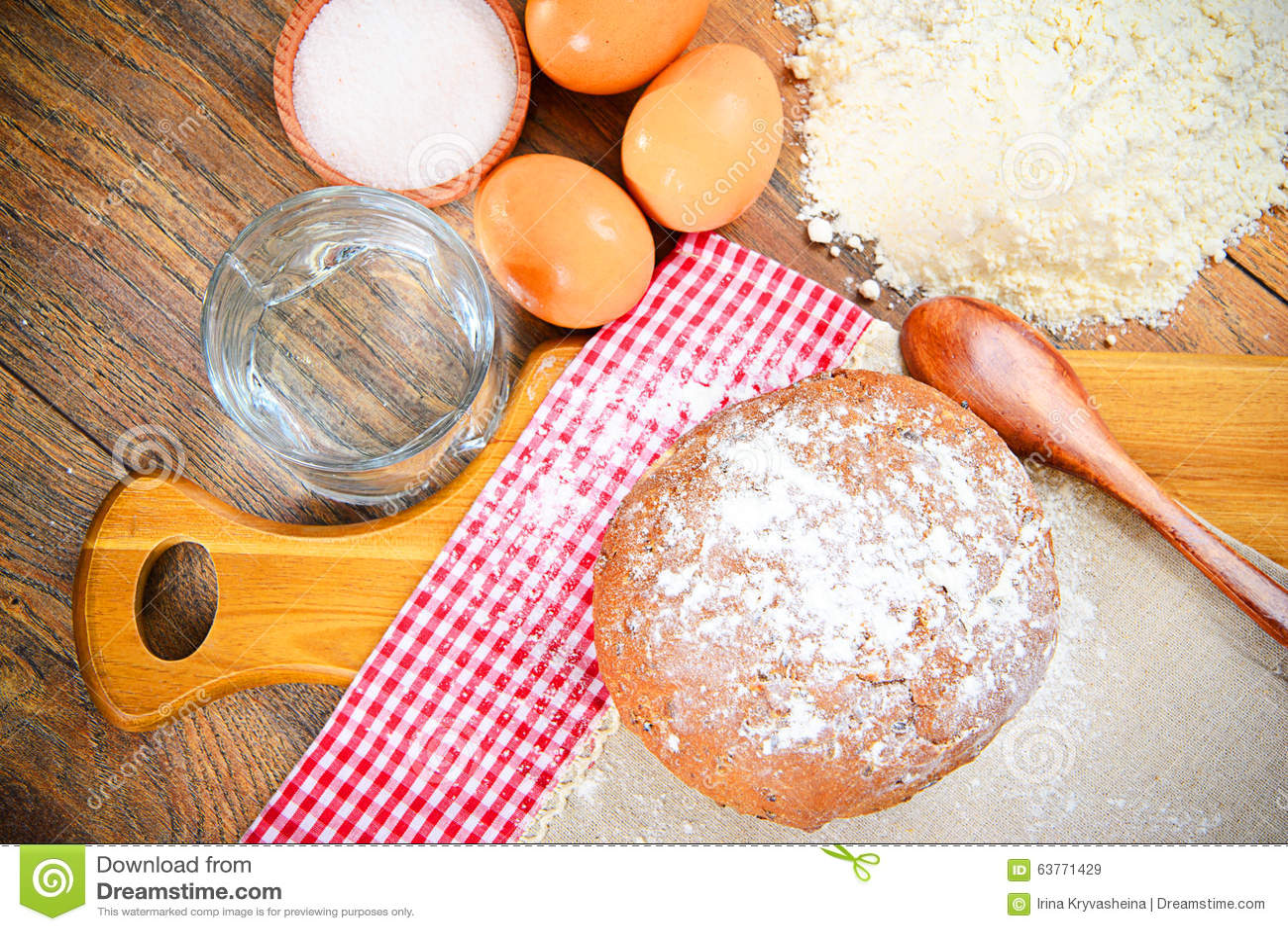 pain farine oeuf l 39 eau baking image stock image du baking brioche 63771429. Black Bedroom Furniture Sets. Home Design Ideas