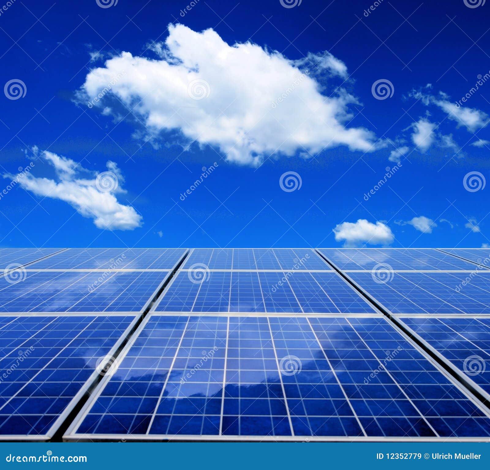 Painel da energia solar imagens de stock royalty free - Energia solar tenerife ...