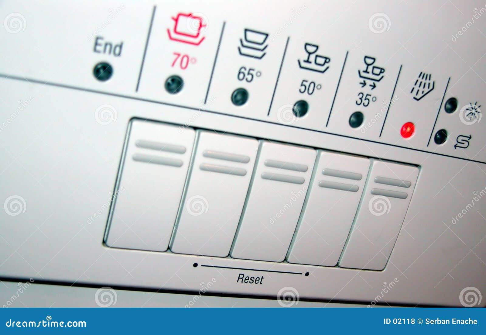 Painel da máquina de lavar louça