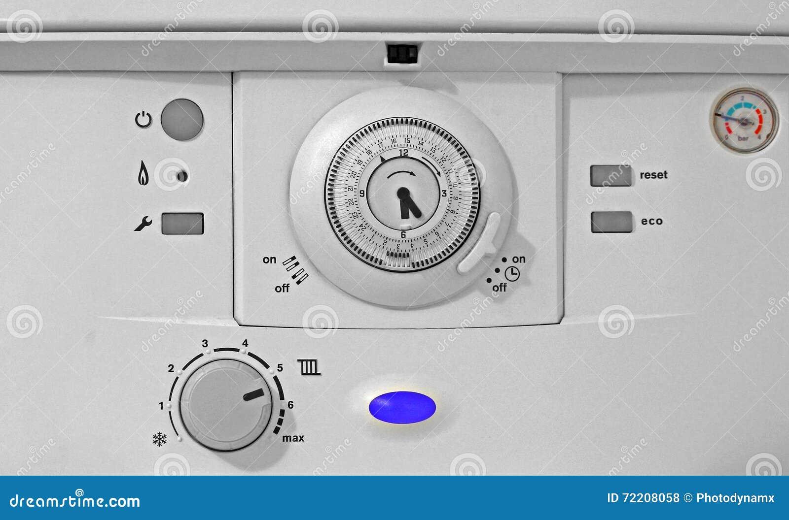 Painel de controle da caldeira de gás