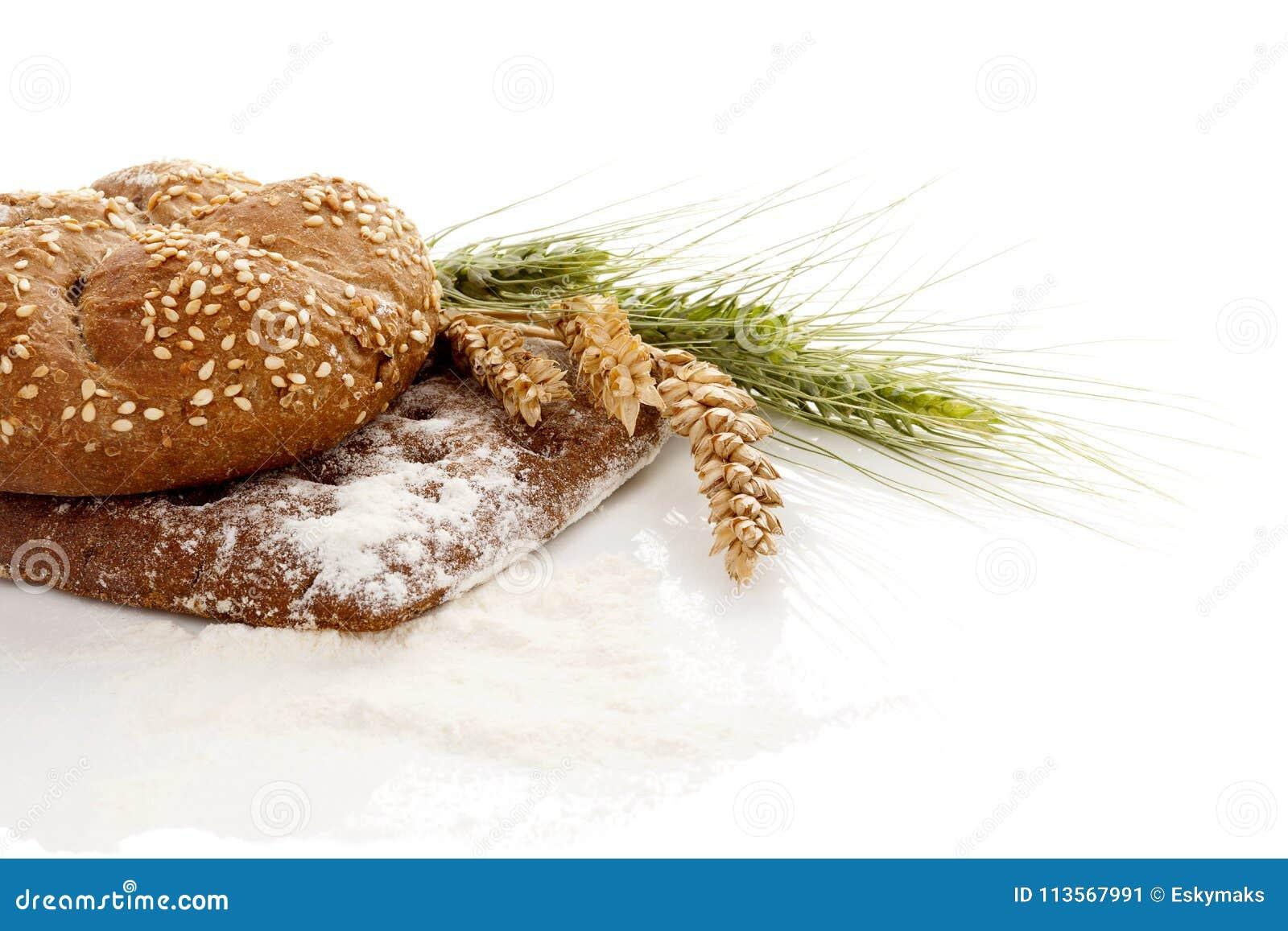 Pains mous et caoutchouteux de blé entier