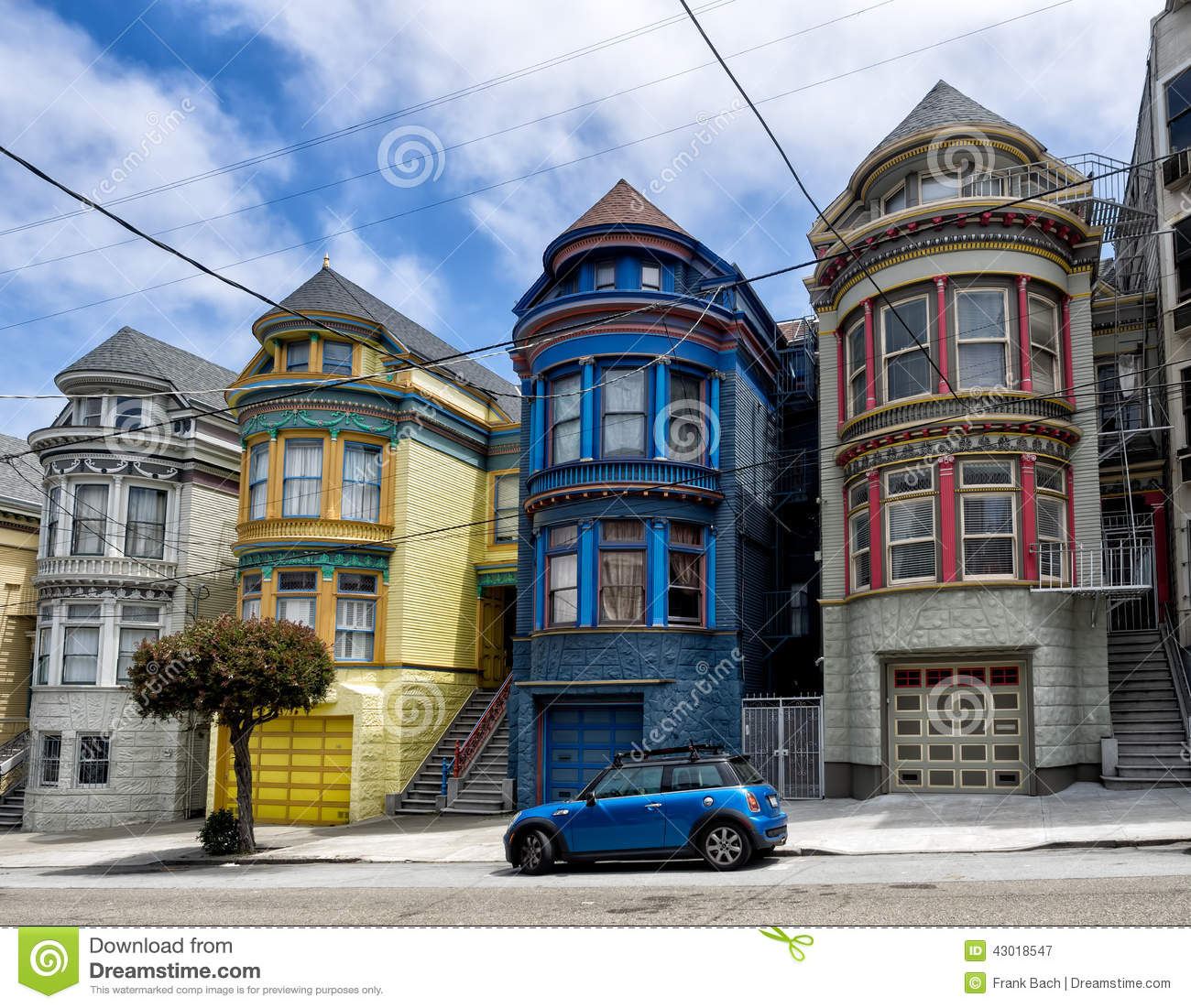 Painted ladies victorian houses in san francisco stock for Houses in san francisco