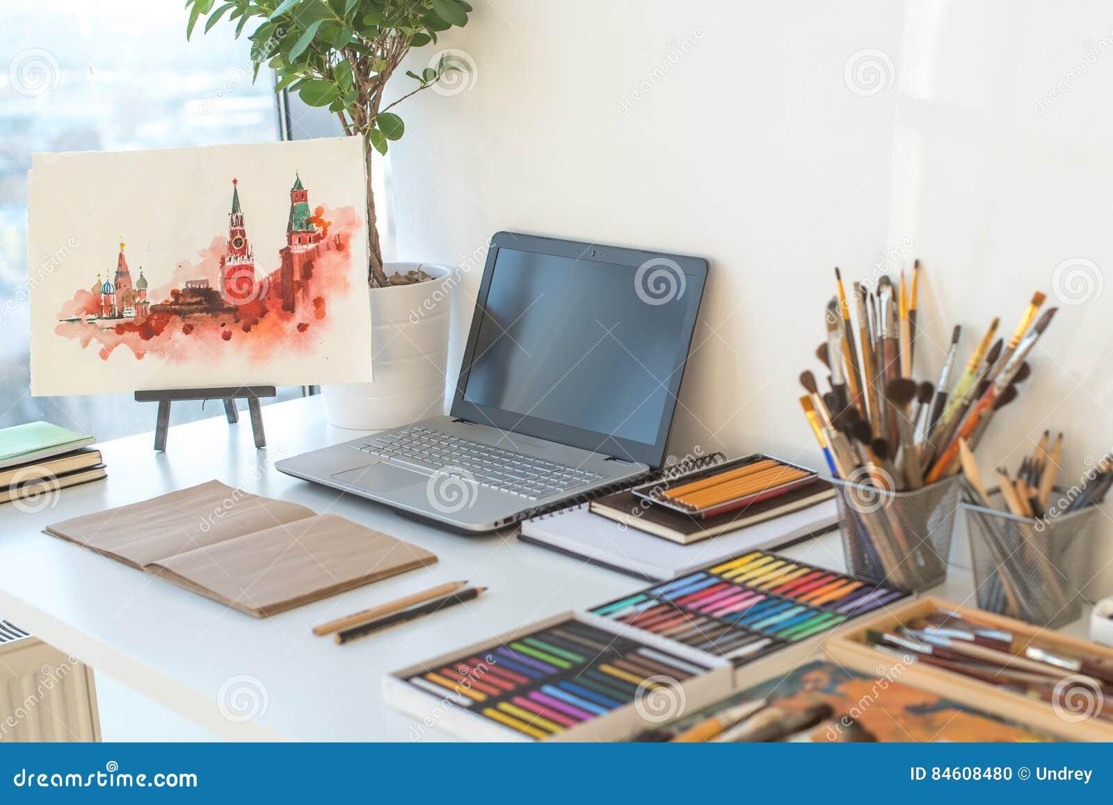 Painter workplace in order side view designer desk with - Mesa de dibujo tecnico ...