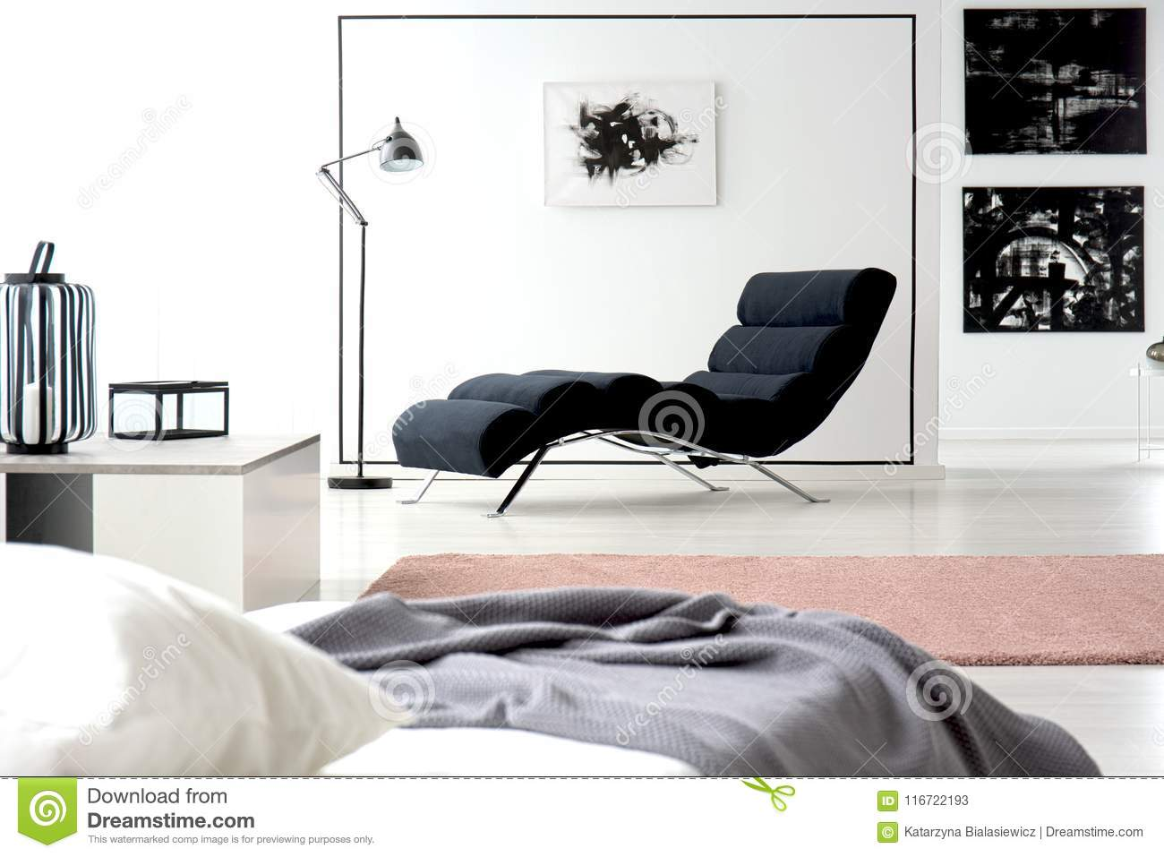 Painting and chaise lounge