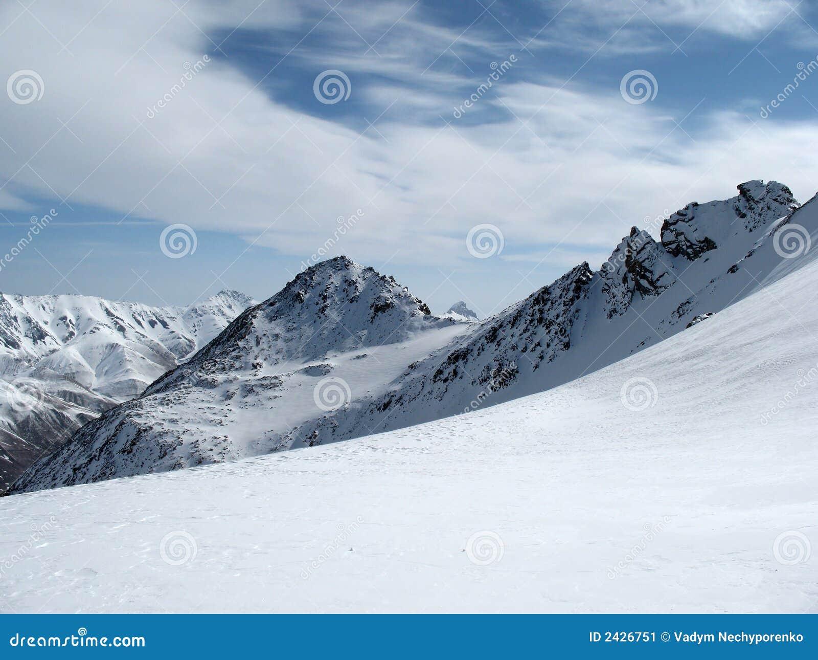 Paisagem Cáucaso das montanhas