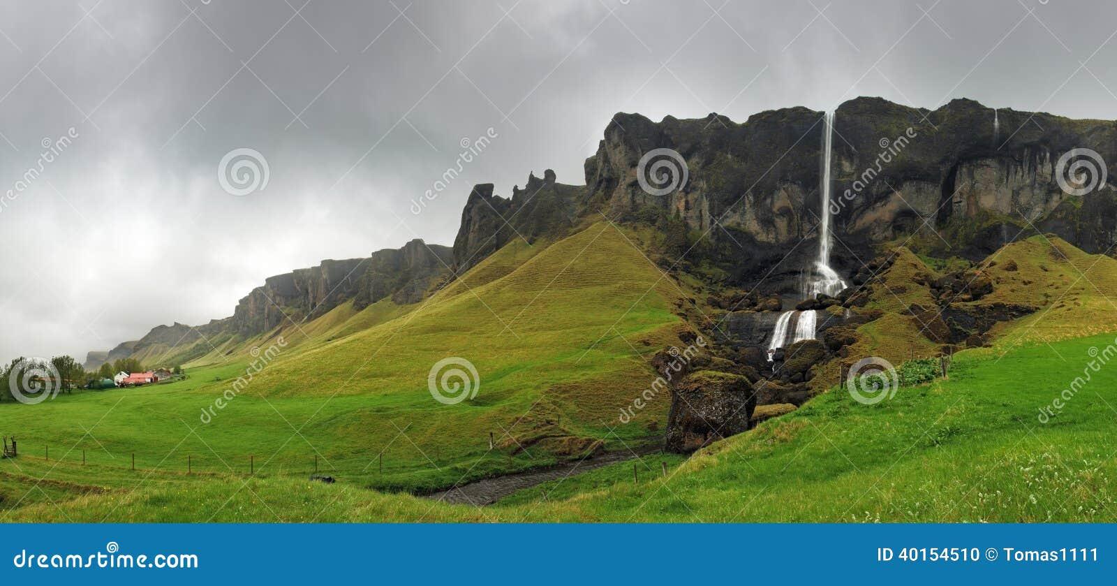 Paisagem da cachoeira, Islândia do sudeste - panorama