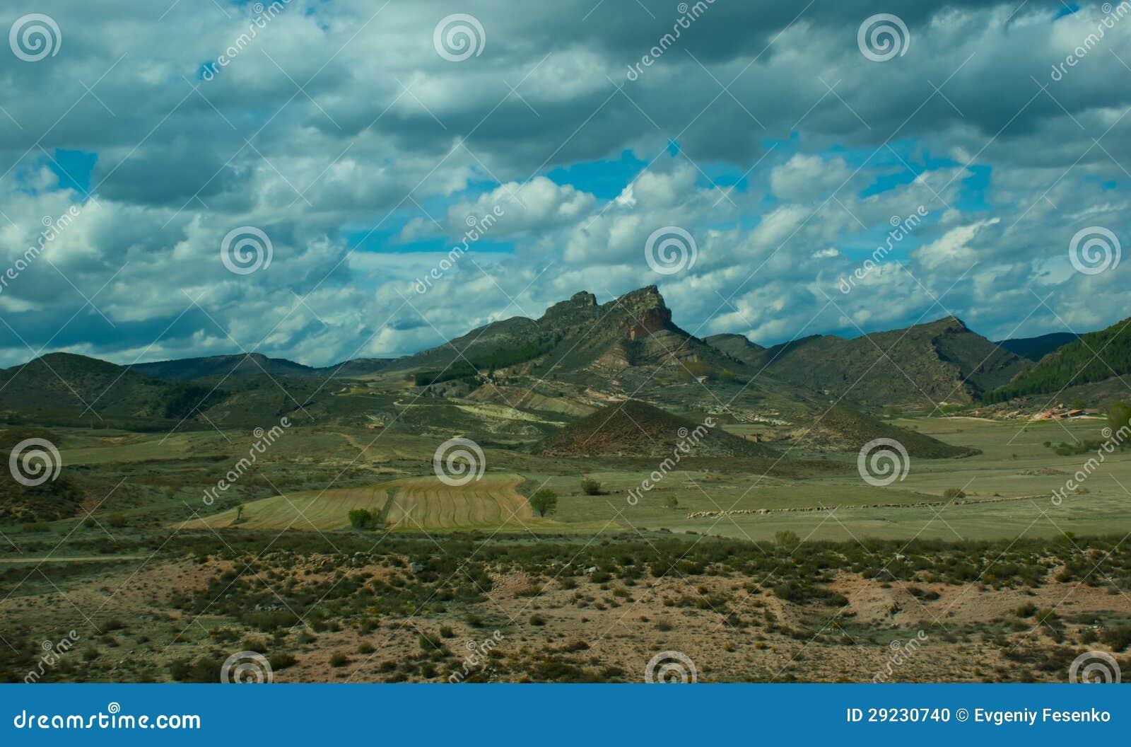 Download Paisagem da montanha foto de stock. Imagem de scenic - 29230740