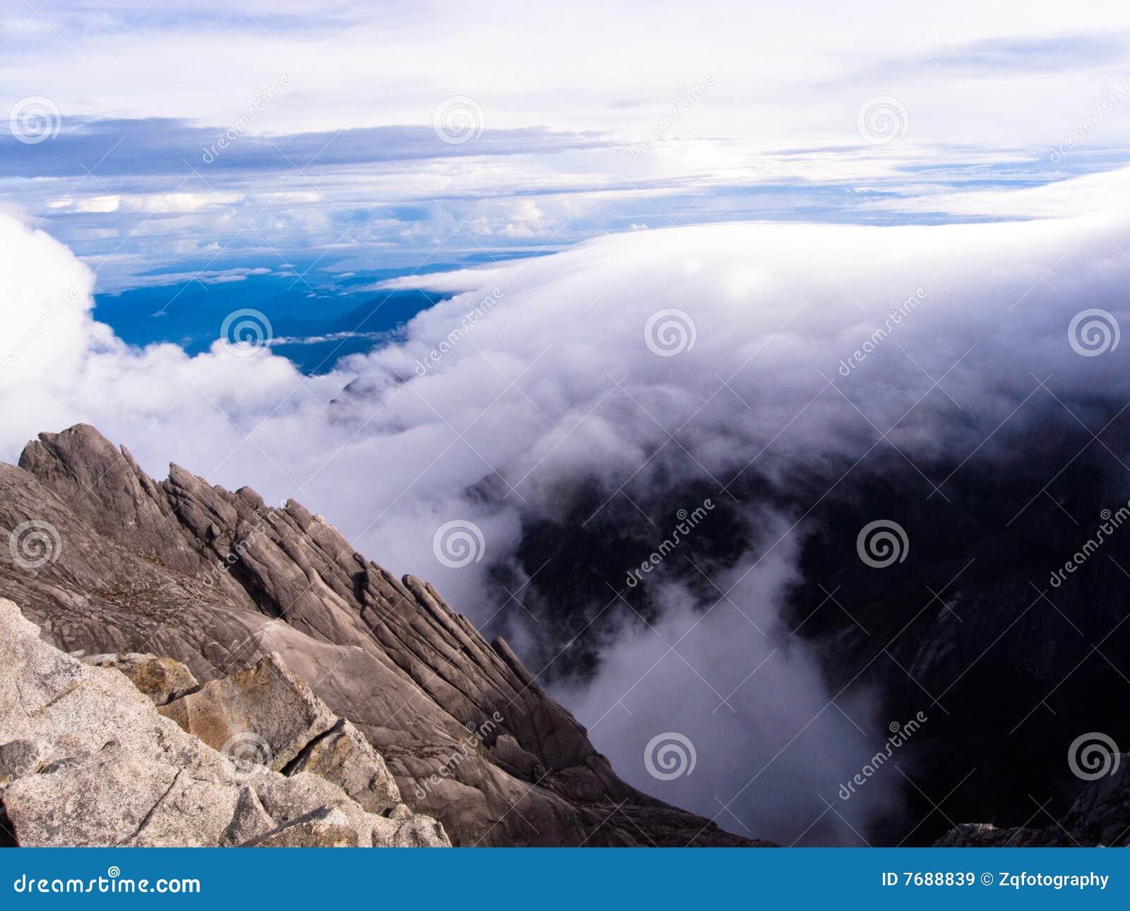 Paisagem da montanha do granito - montagem Kinabalu