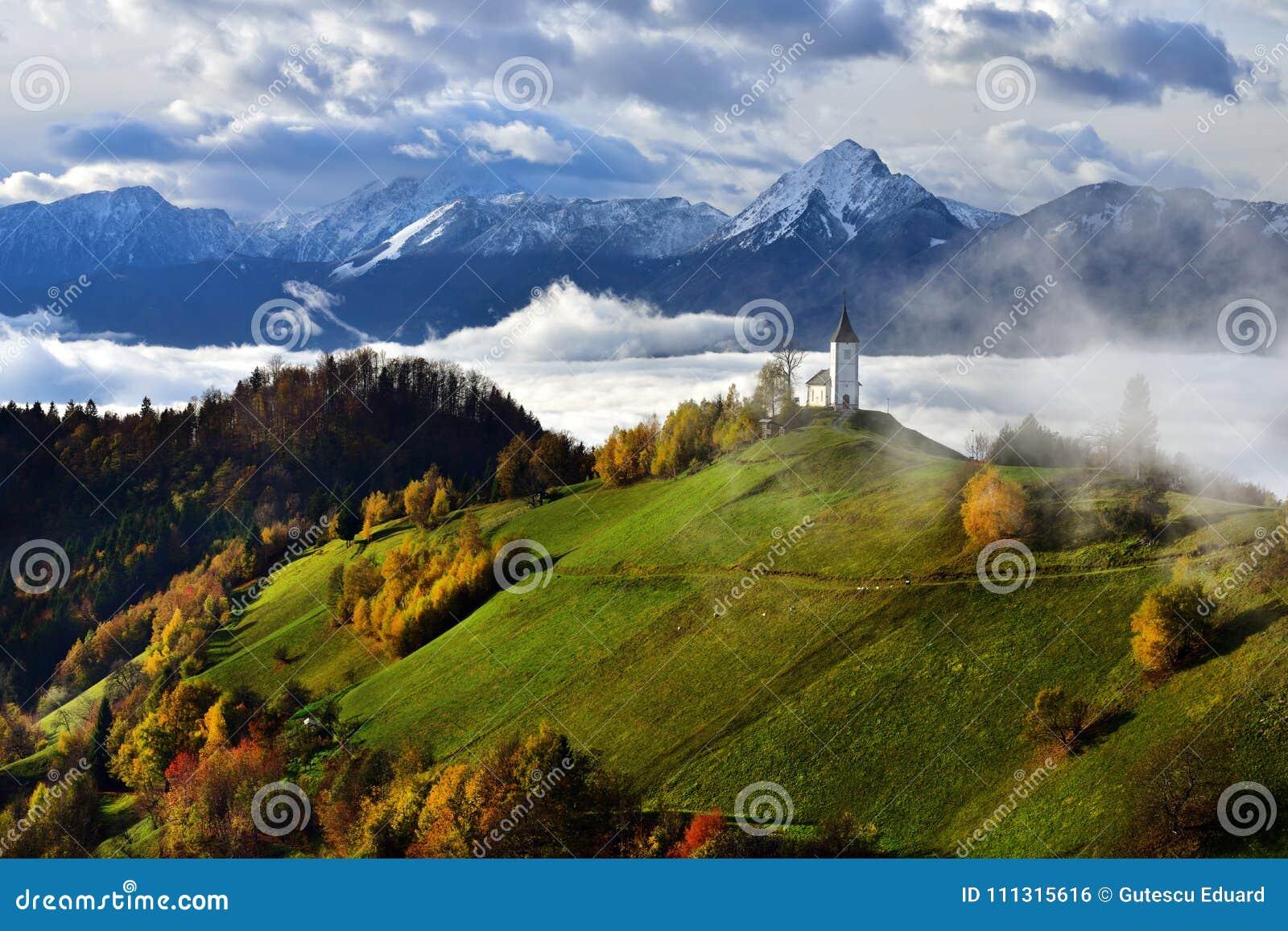 Paisagem de Eslovênia, natureza, cena do outono, natureza, cachoeira, montanhas