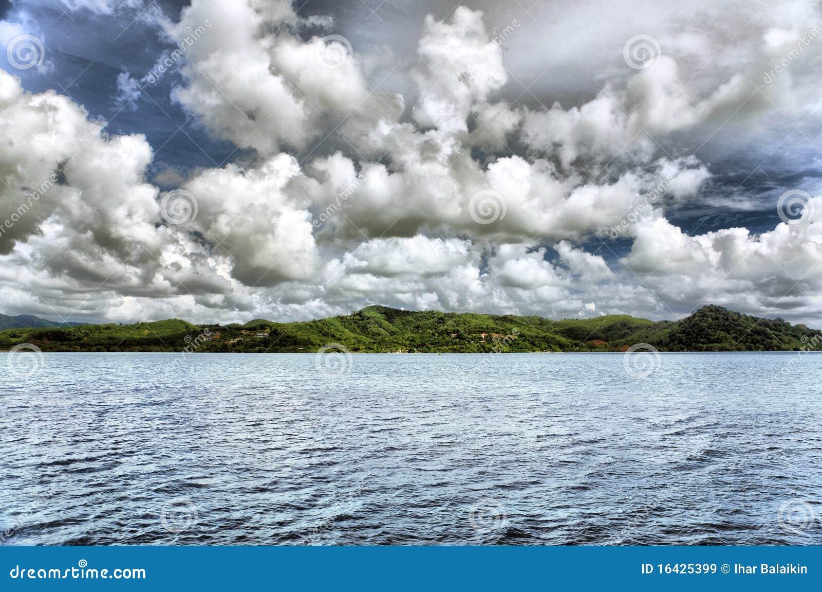 Paisagem Do Mar Com Nuvens Imagens de Stock Royalty Free