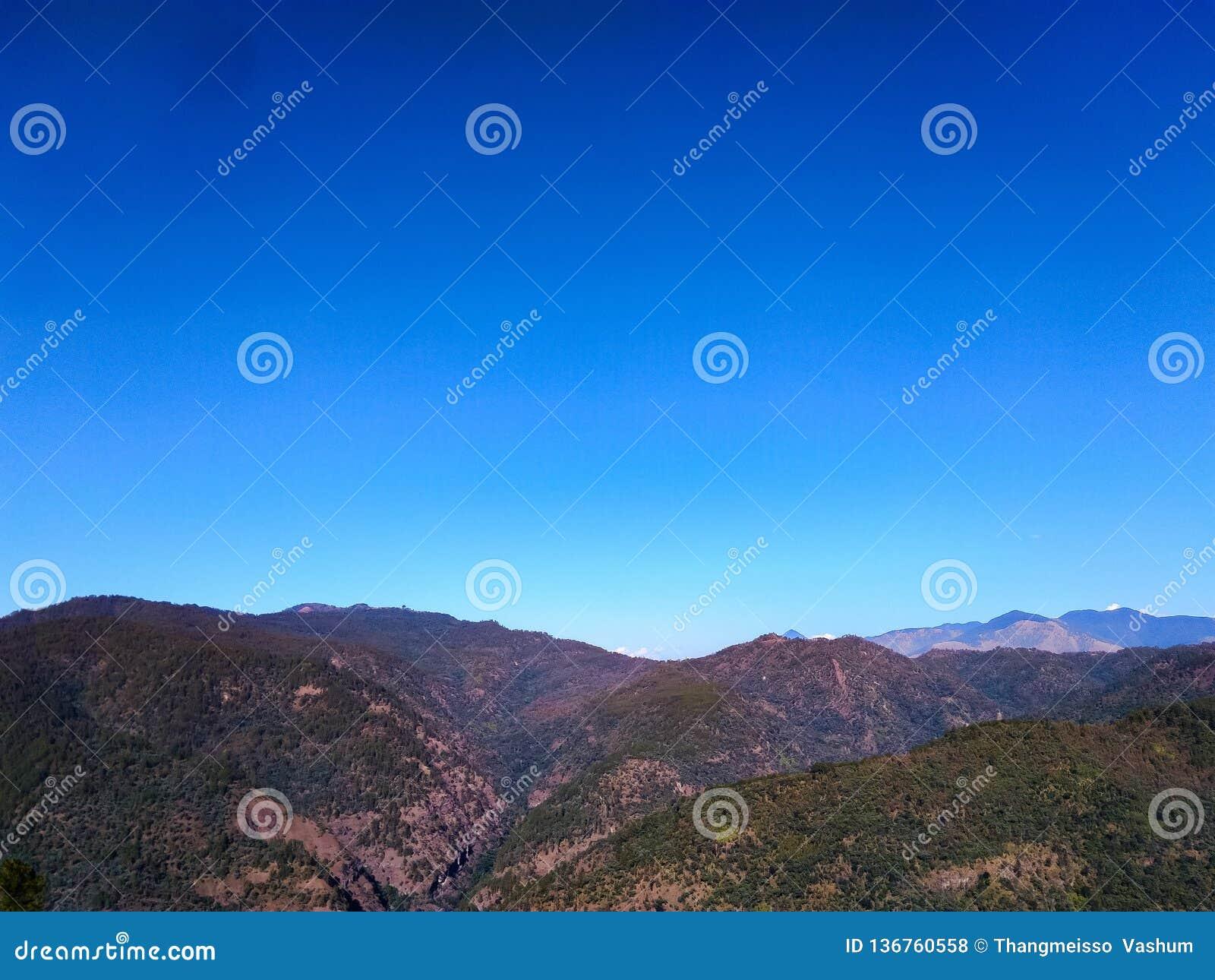 Paisagem do Mountain View azul