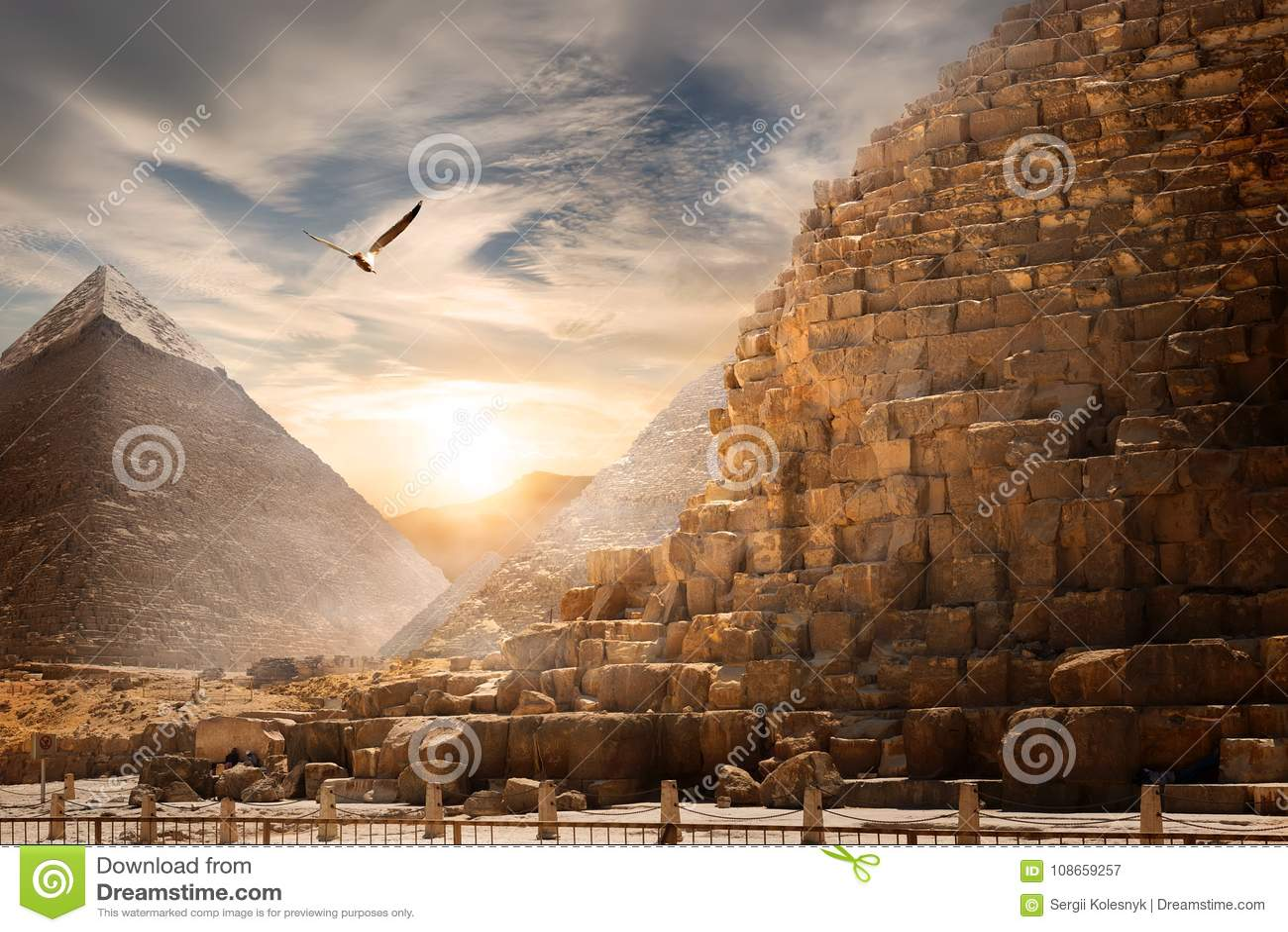 Paisagem egípcia das pirâmides