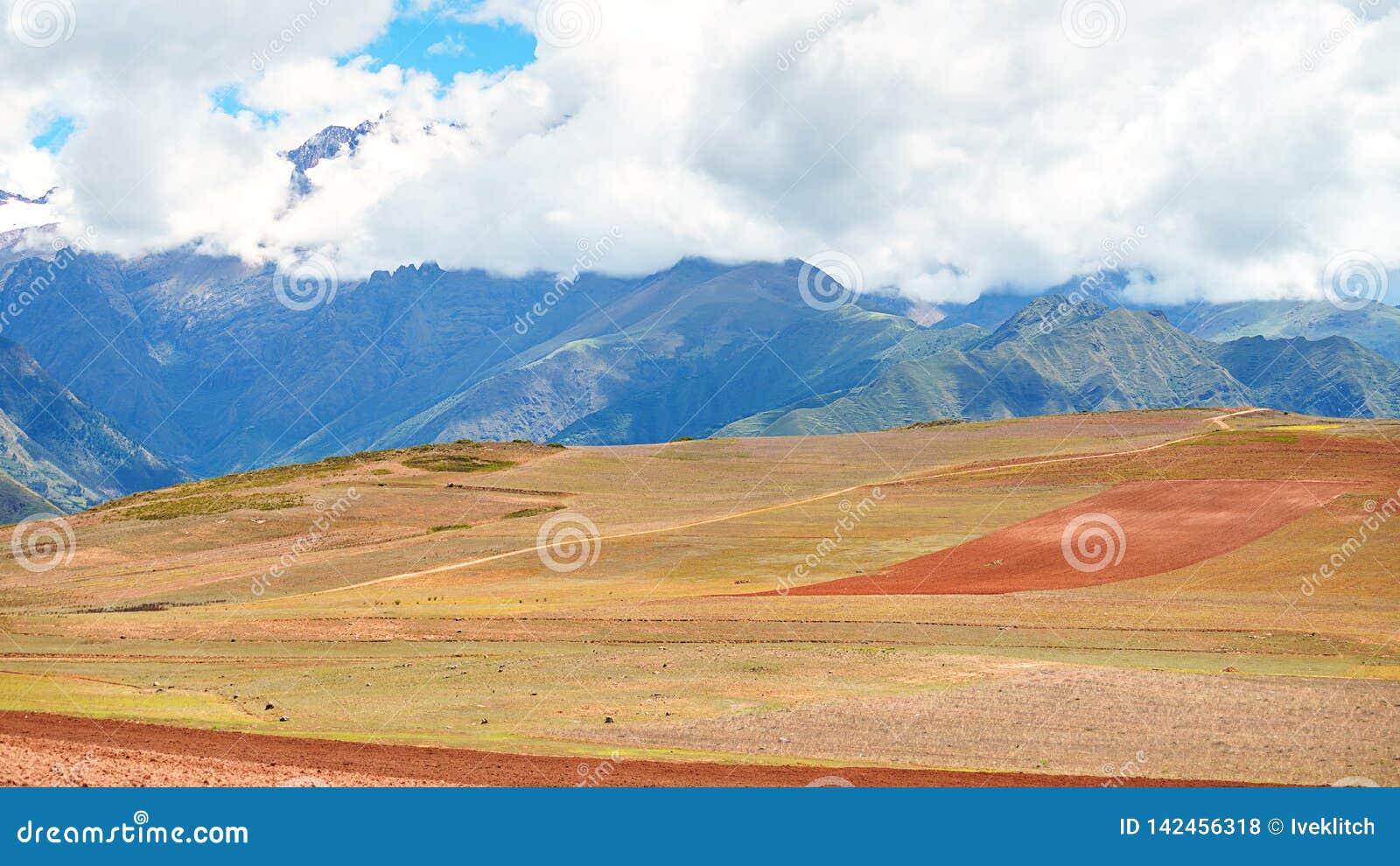 Paisagem longe de Cusco, Peru