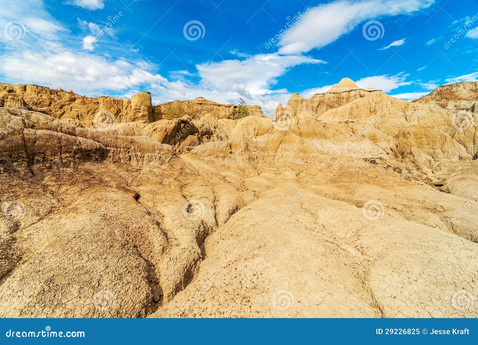 Download Paisagem Parched Do Deserto Imagem de Stock - Imagem de azul, vista: 29226825