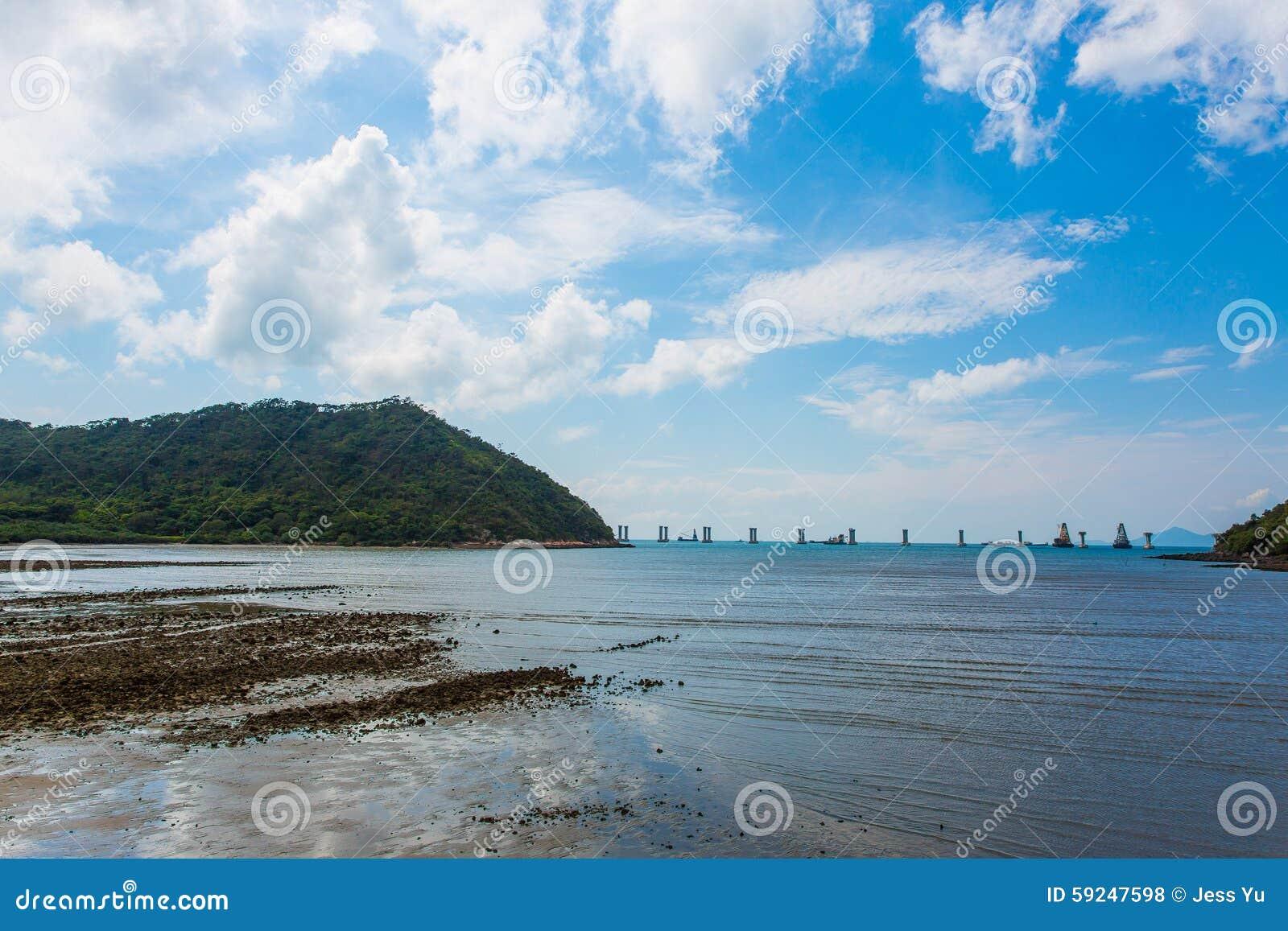 Paisaje de la costa en Tai O, Hong Kong
