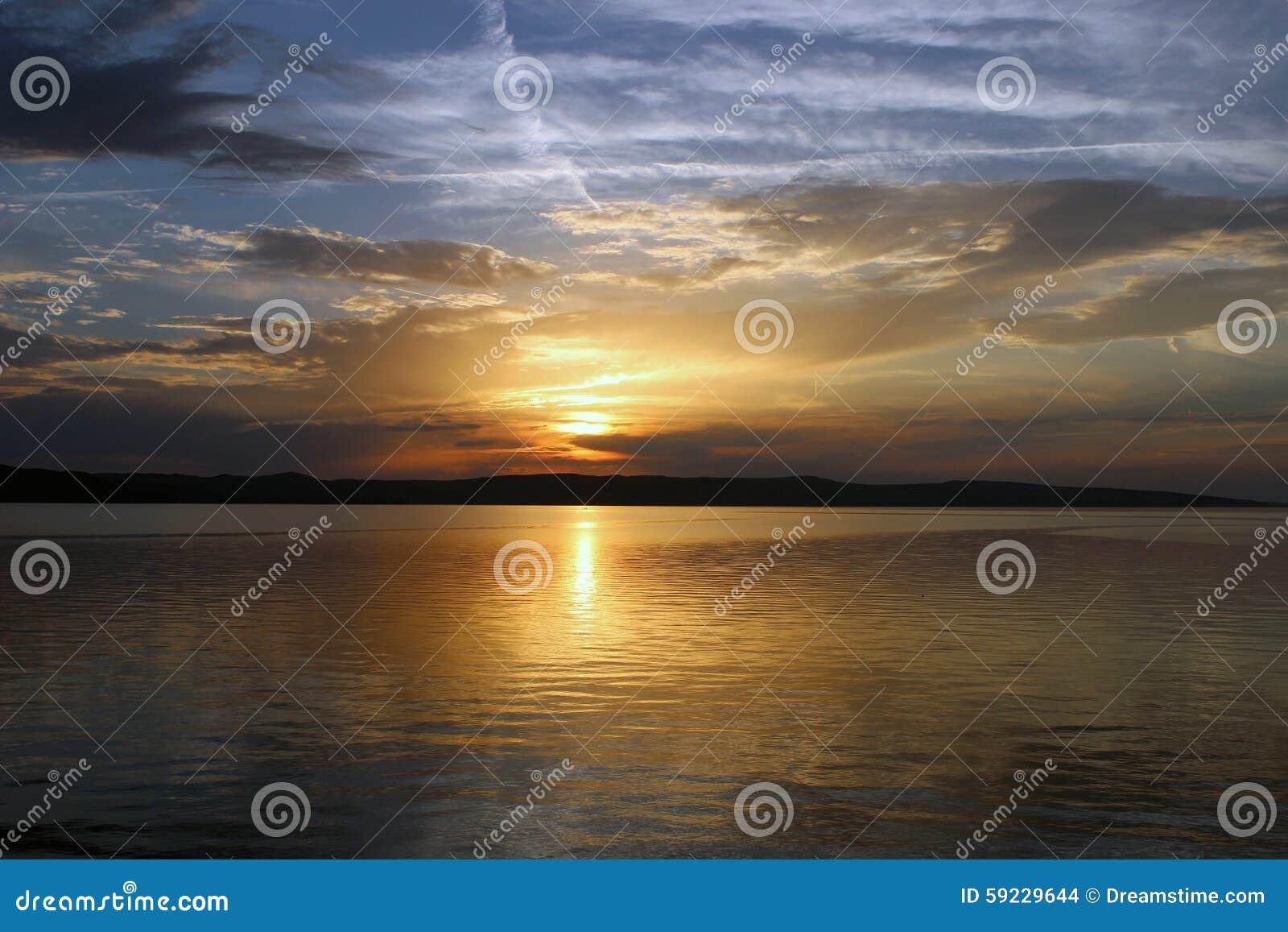 Download Paisaje de la playa croata foto de archivo. Imagen de hermoso - 59229644