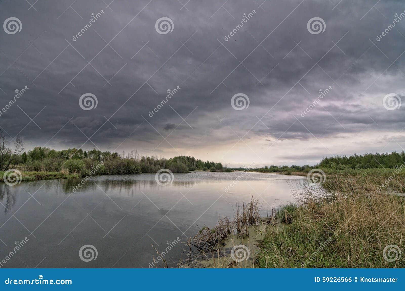 Download Paisaje del río foto de archivo. Imagen de río, cielo - 59226566