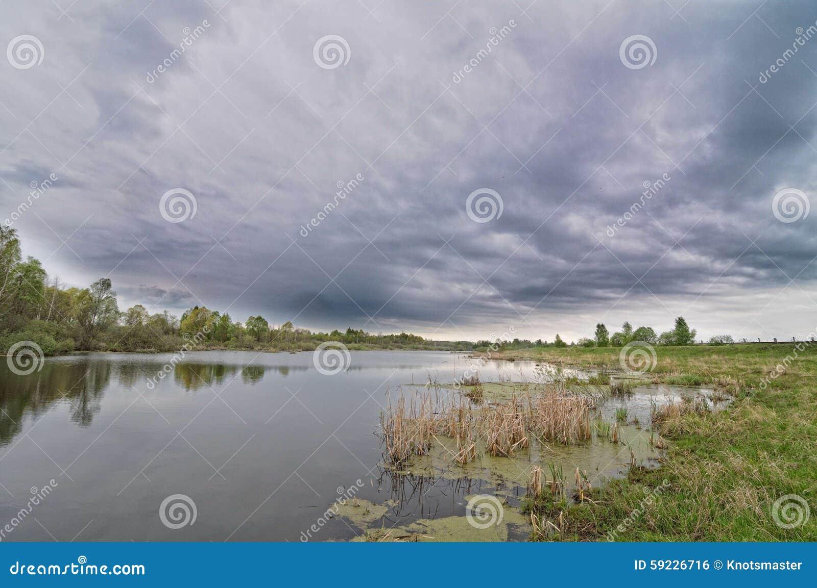 Download Paisaje del río foto de archivo. Imagen de hermoso, cielo - 59226716