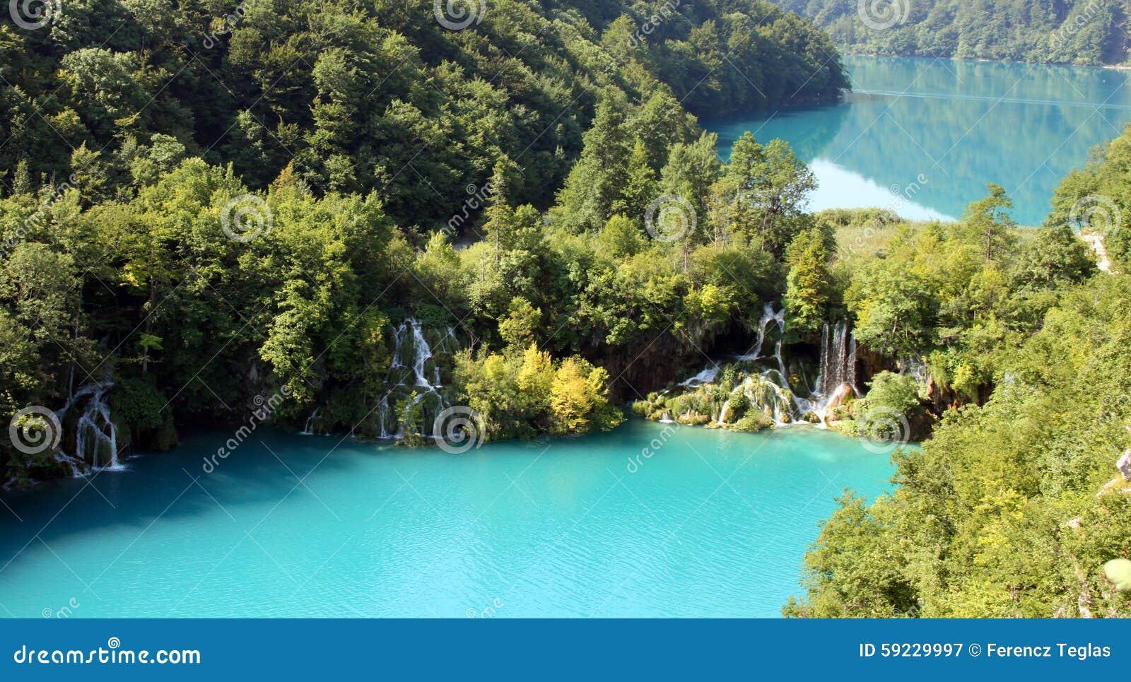 Download Paisaje Espectacular En El Parque Nacional De Plitvice Imagen de archivo - Imagen de verde, d0: 59229997
