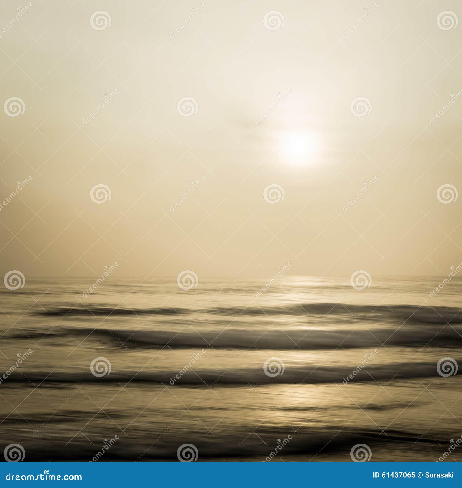 Paisaje marino abstracto con el fondo de filtrado borroso del movimiento
