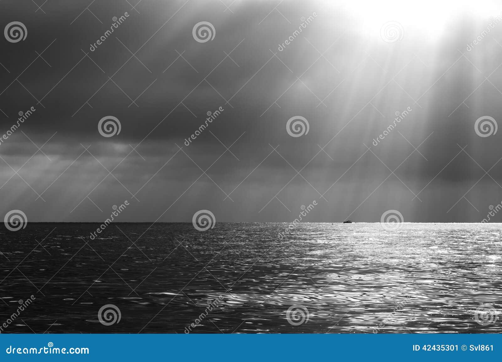 Paisaje marino dramático