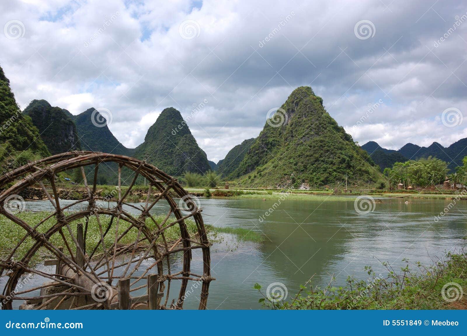 Paisaje montañoso de Cao Bang
