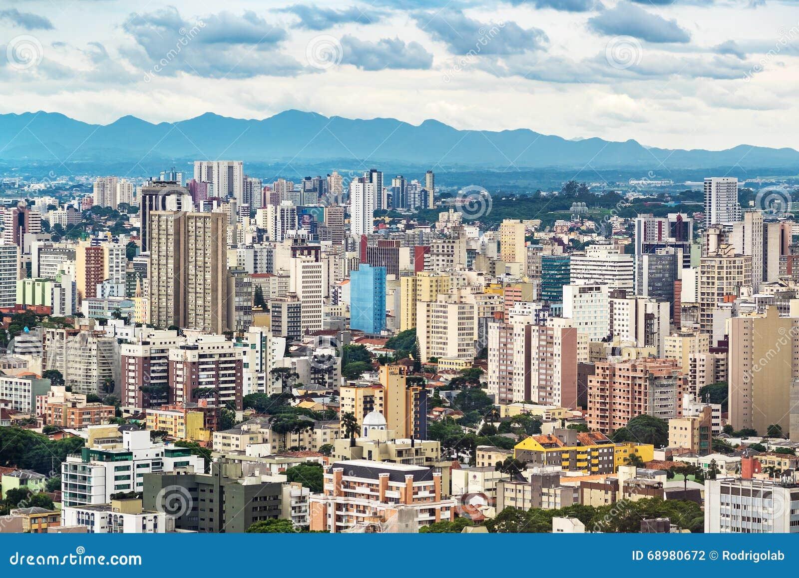 Paisaje urbano de Curitiba, Paraná, el Brasil