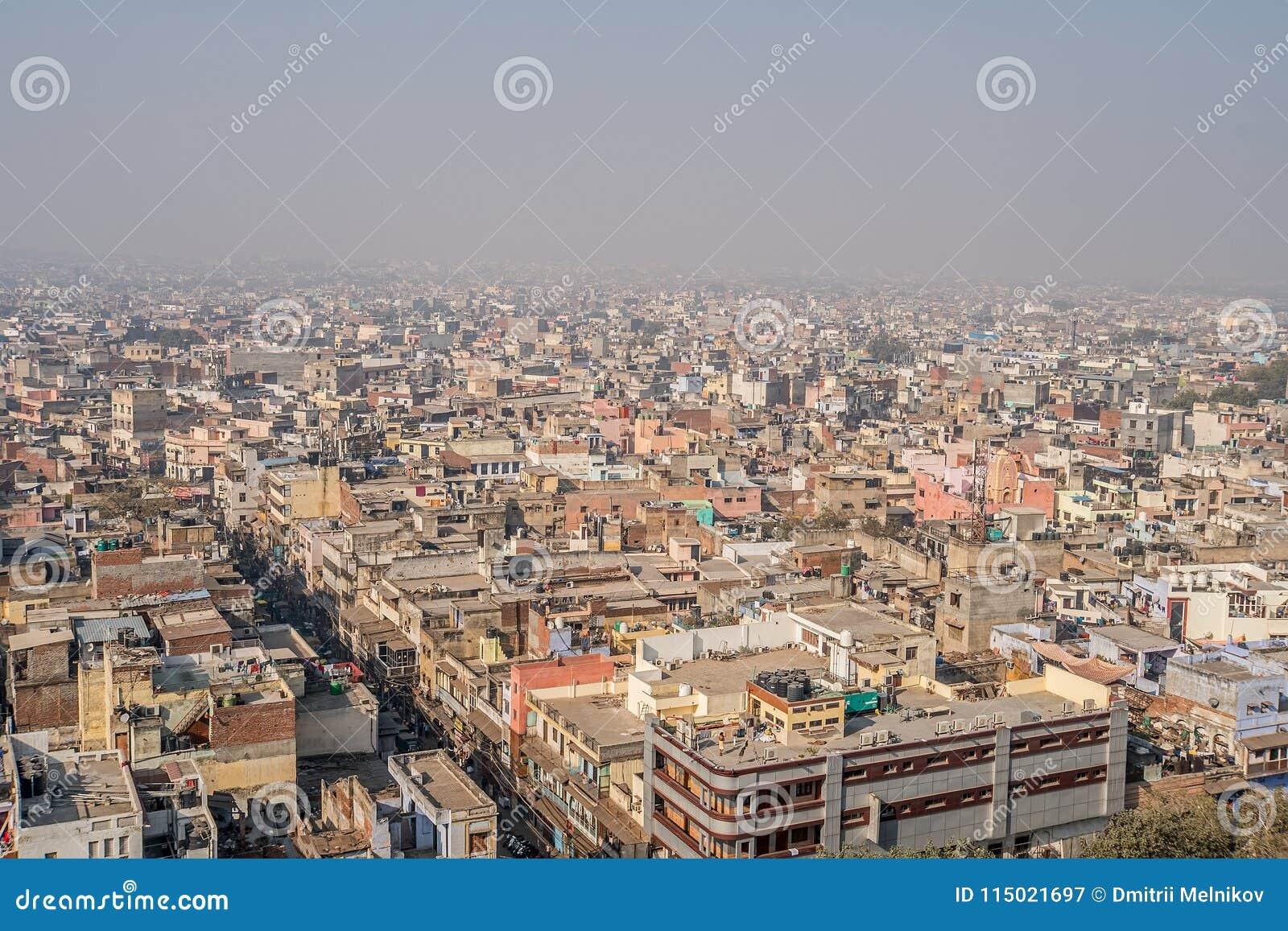 Paisaje urbano de Delhi vieja en la India