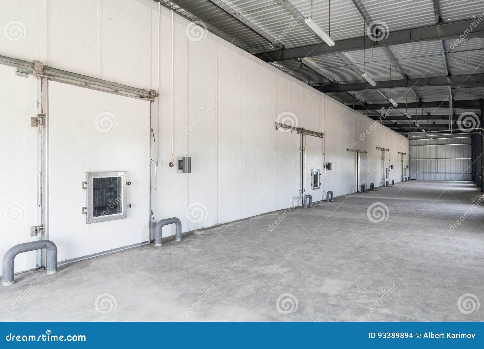 Pakhuisdiepvriezer in de fabriek