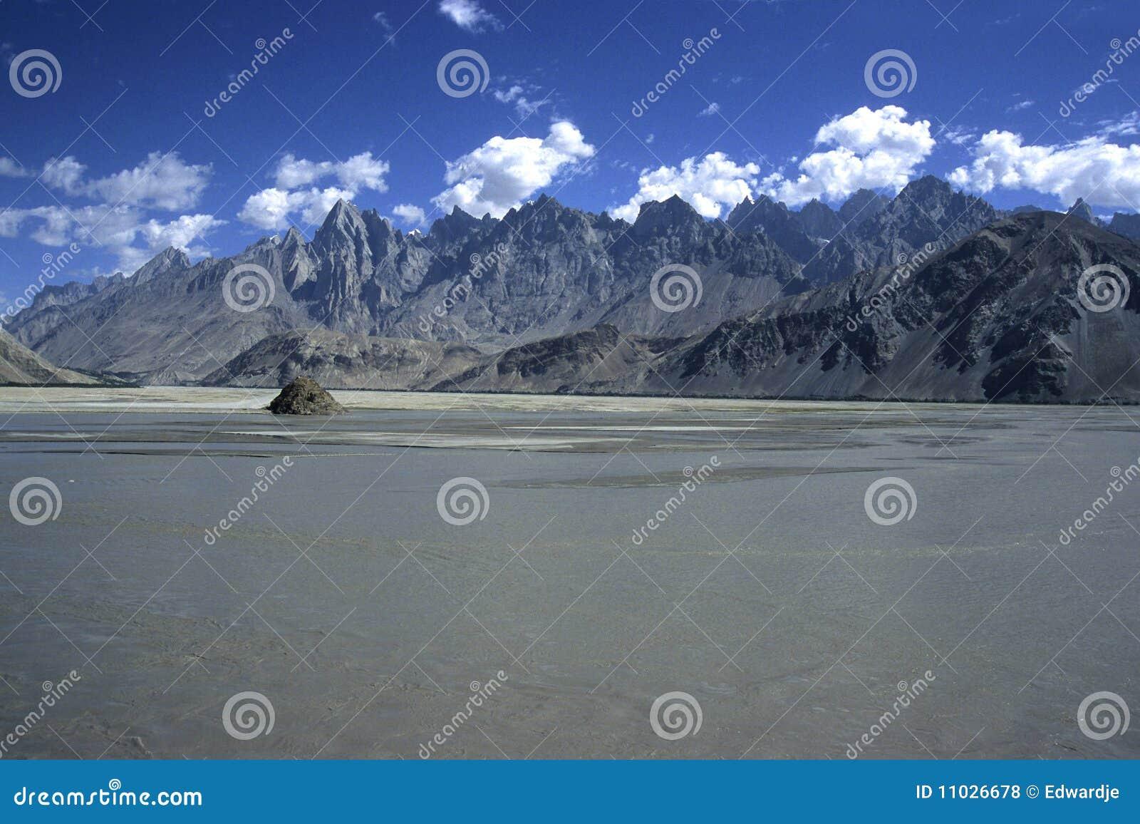 Pakistan Mountains 4
