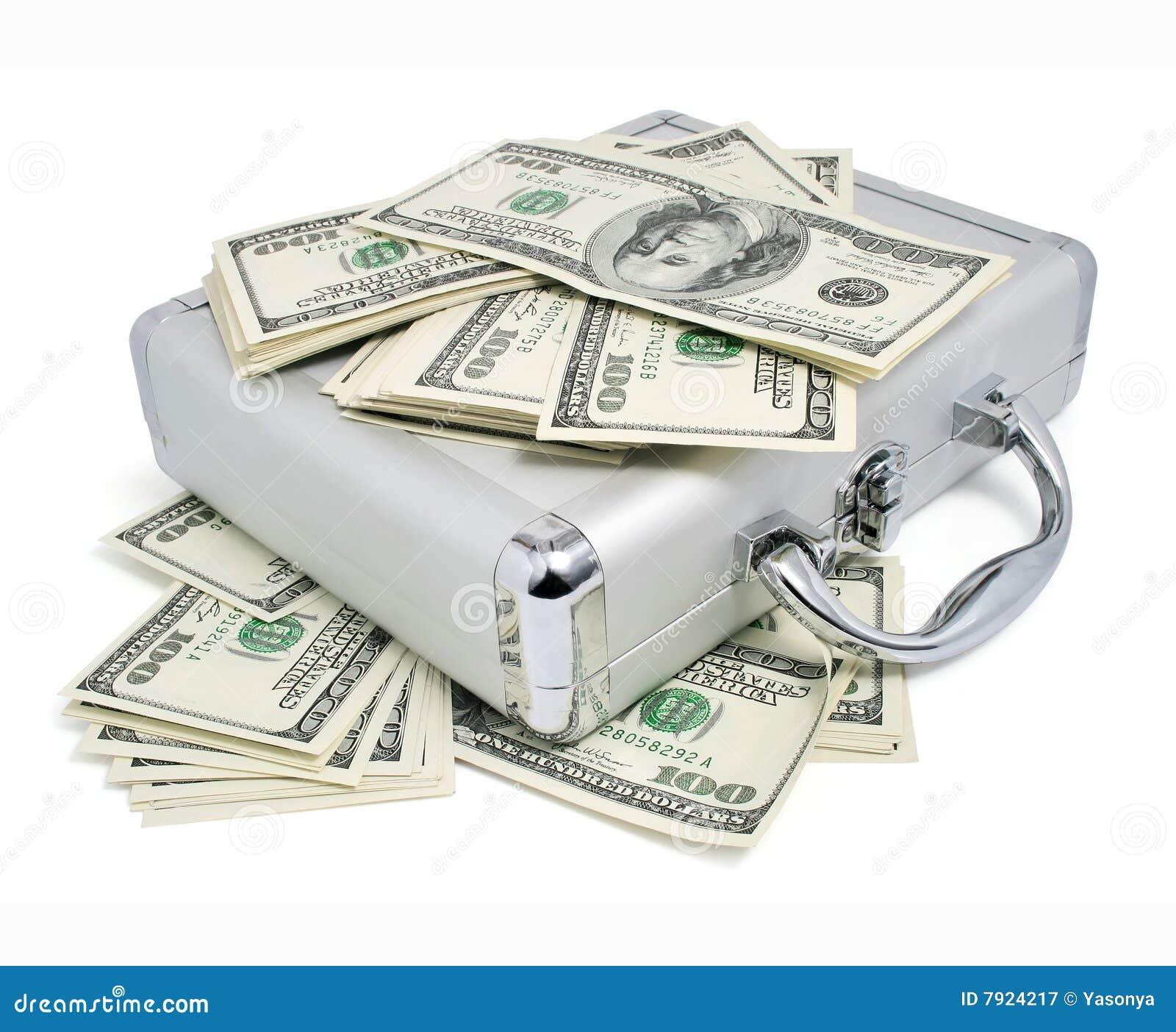 Pakken van dollarsgeld op de zilveren koffer