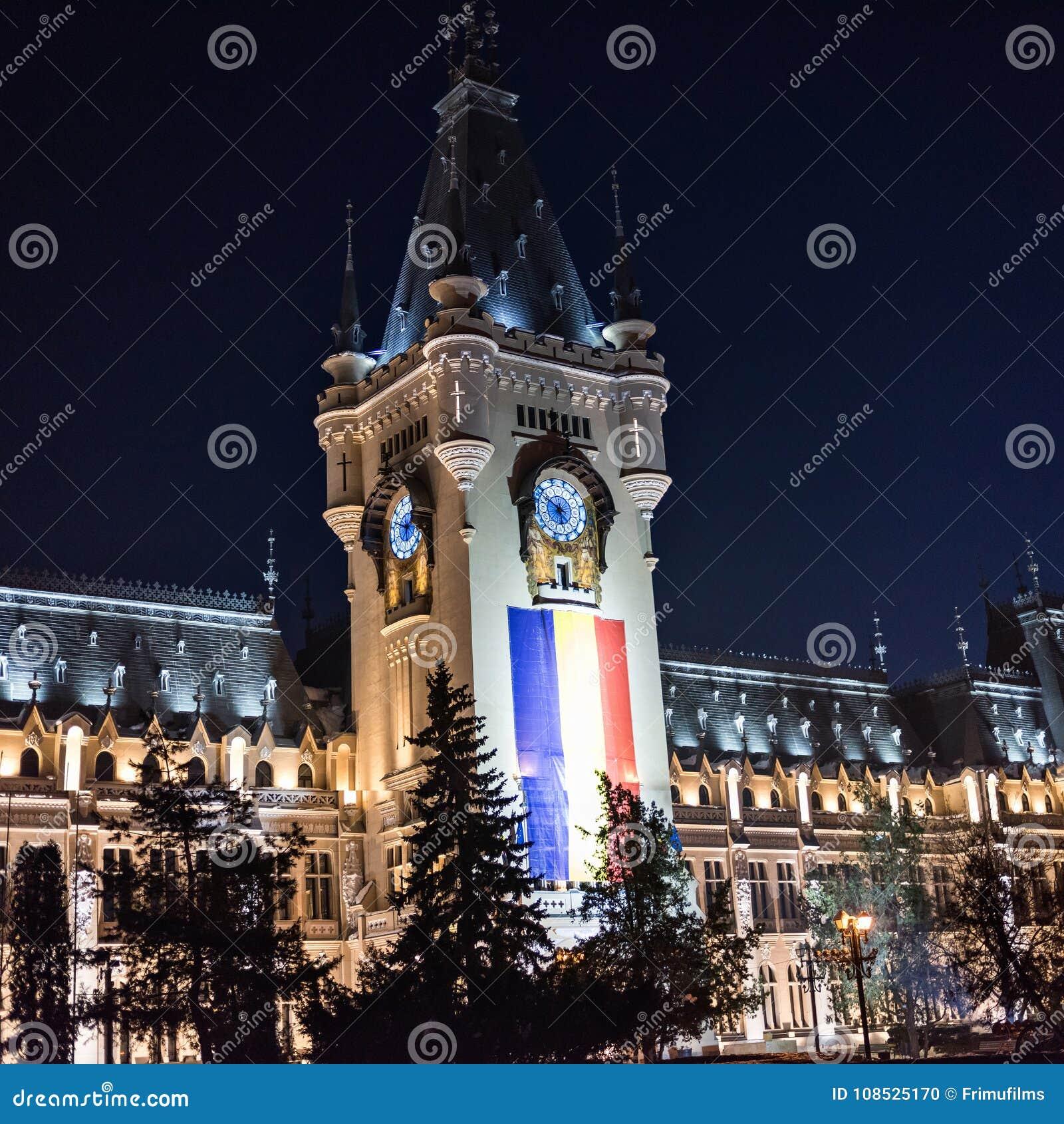 Palácio da cultura em Iasi Romênia no inverno