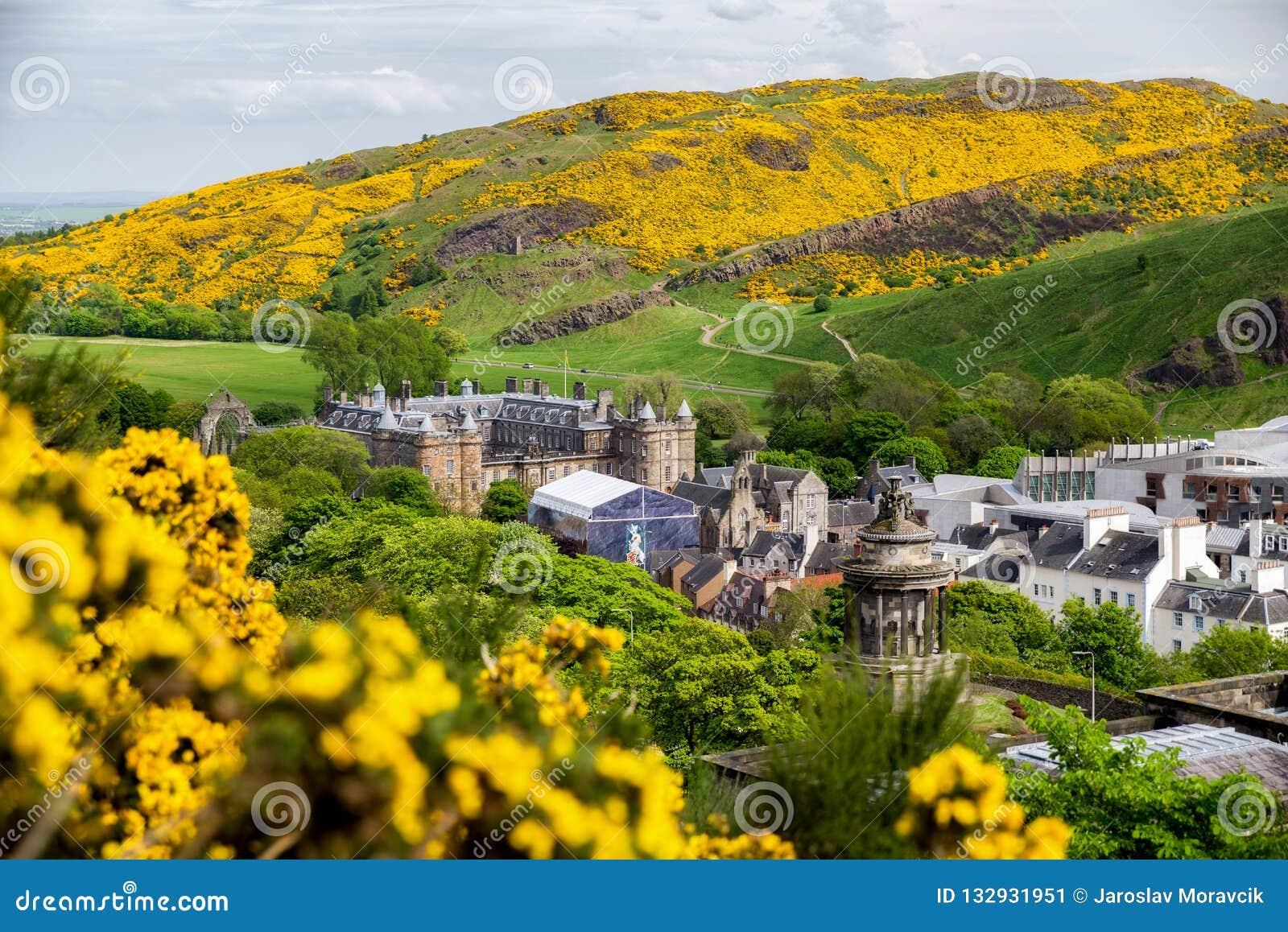 Palácio de Holyroodhouse em Edimburgo