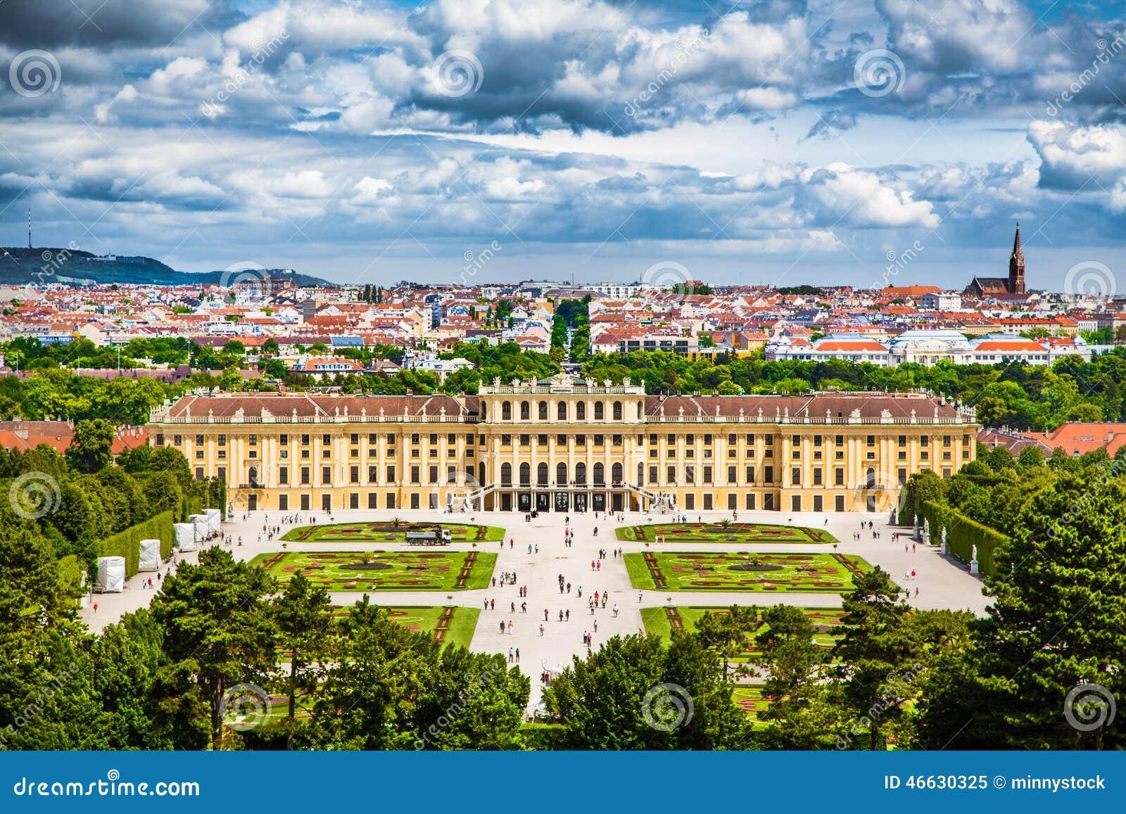 Palácio famoso de Schonbrunn em Viena, Áustria