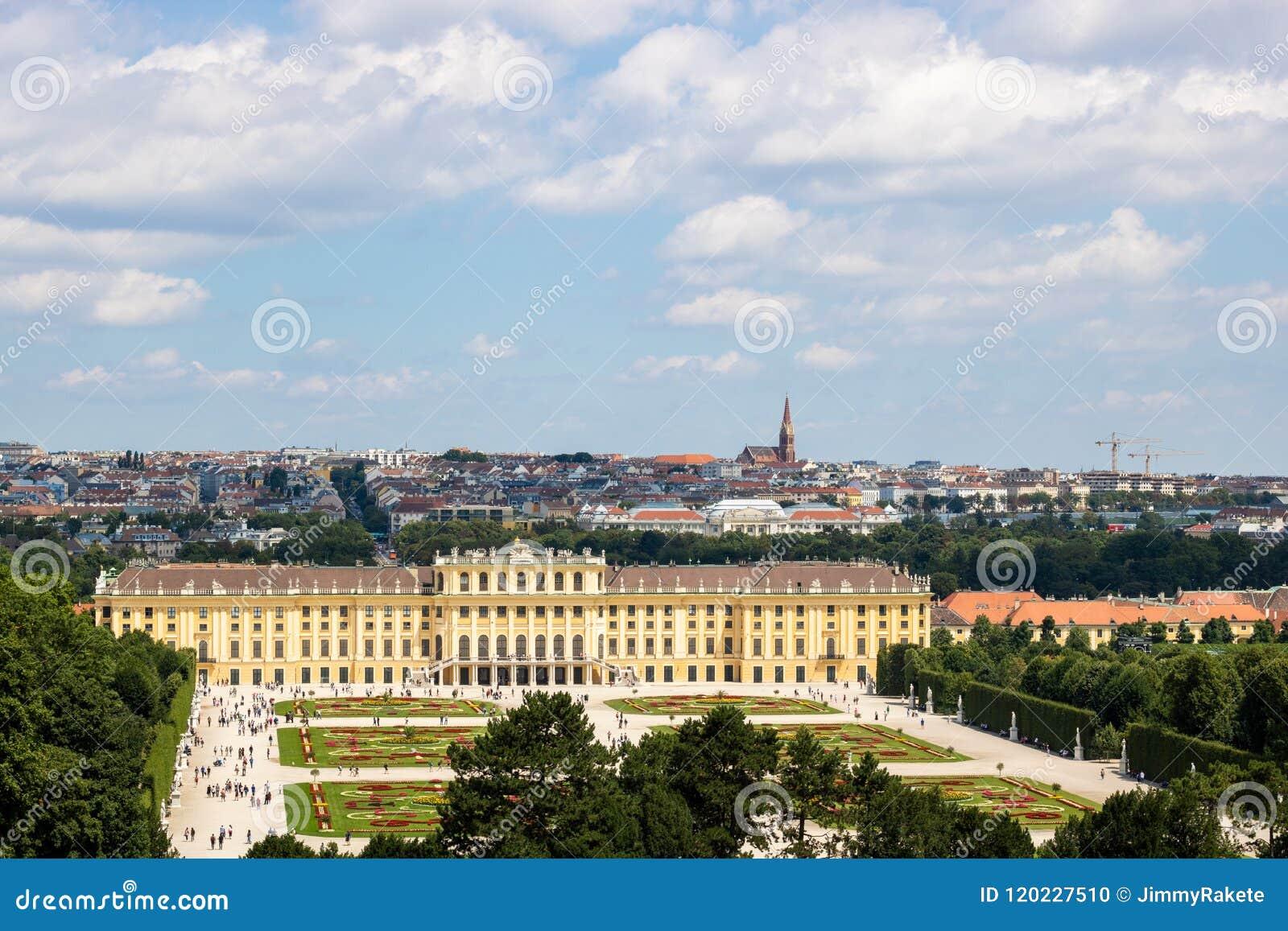 Palácio Schloss Schönbrunn do ` de Schonbrunn do ` com parque