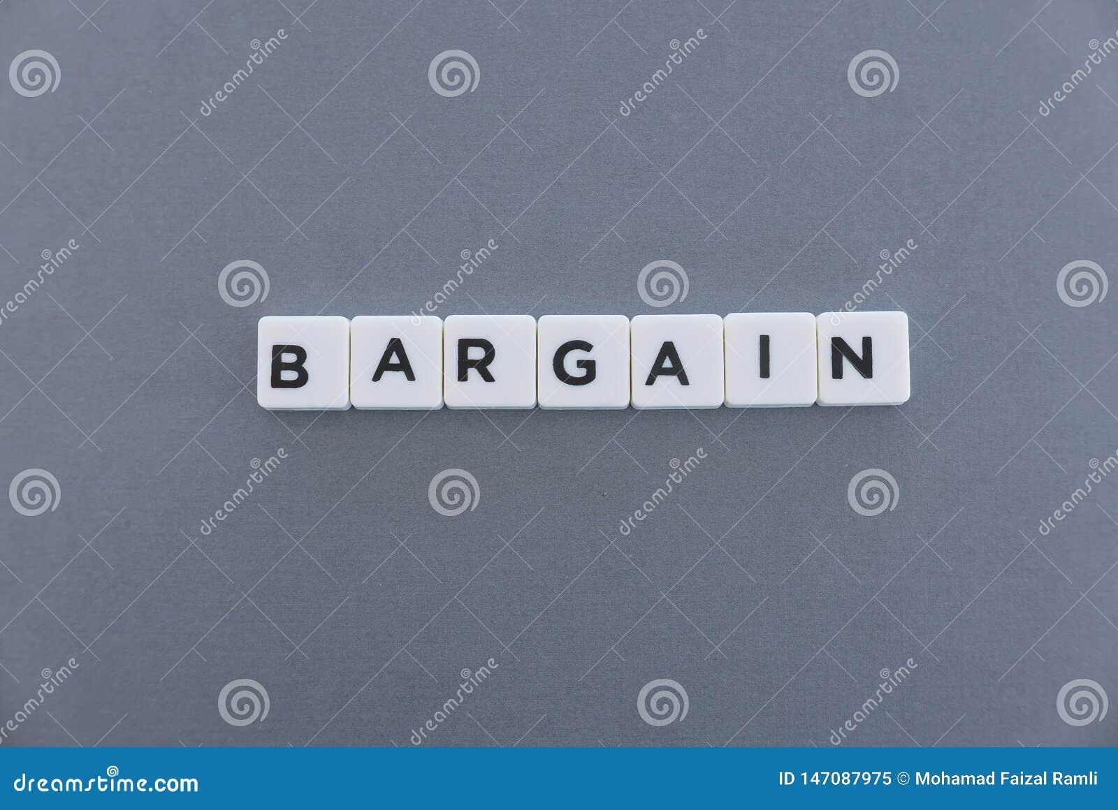 Palabra del negocio hecha de palabra cuadrada de la letra en fondo gris
