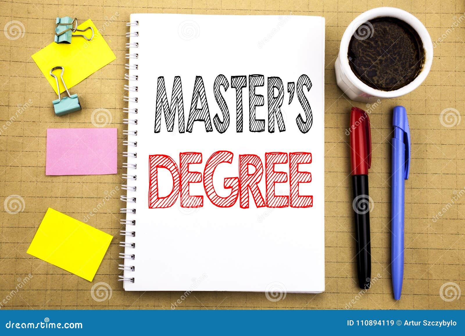 Palabra, escribiendo el grado principal de s Concepto del negocio para la educación académica escrita en fondo del papel de nota