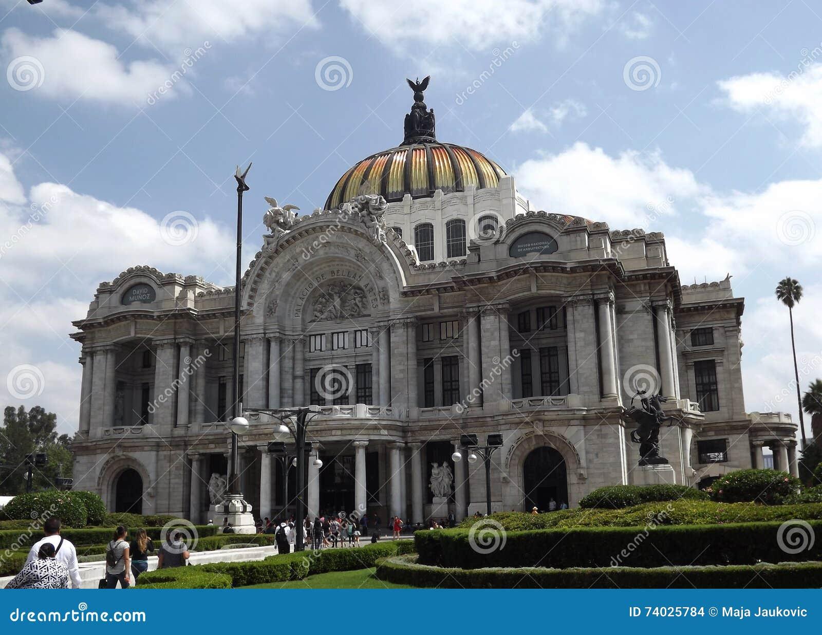 Palacio De Bellas Artes, Meksyk