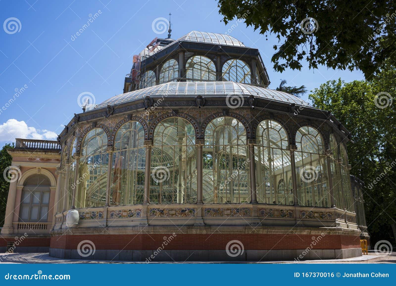 The Palacio De Cristal, Buen Retiro Park, Madrid, Spain ...