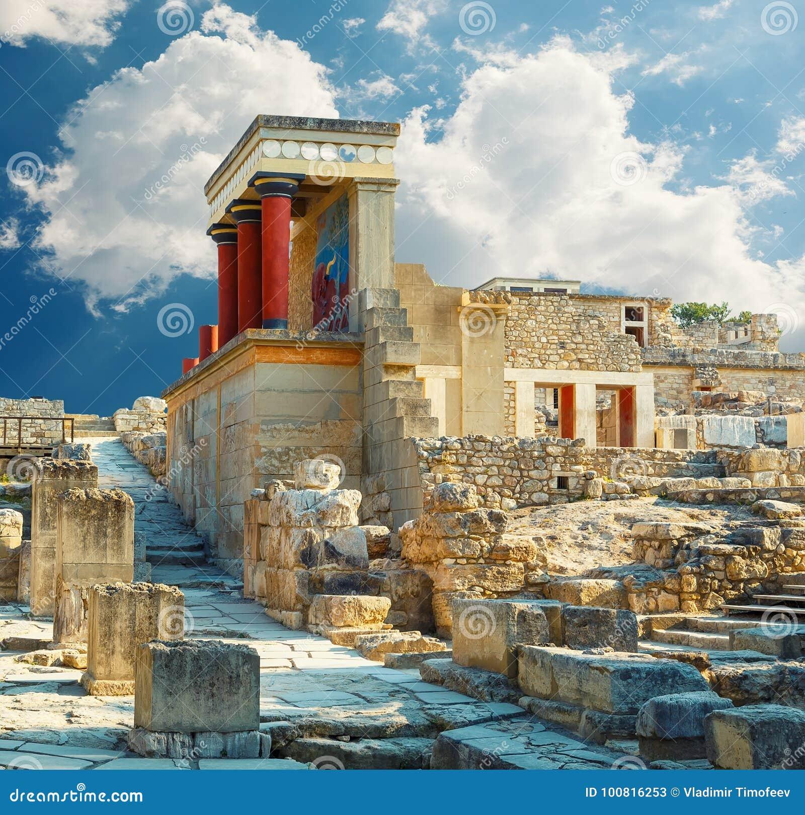 Palacio de Knossos en Creta Ruinas del palacio de Knossos Heraklión, Crete, Grecia Detalle de ruinas antiguas del palacio famoso