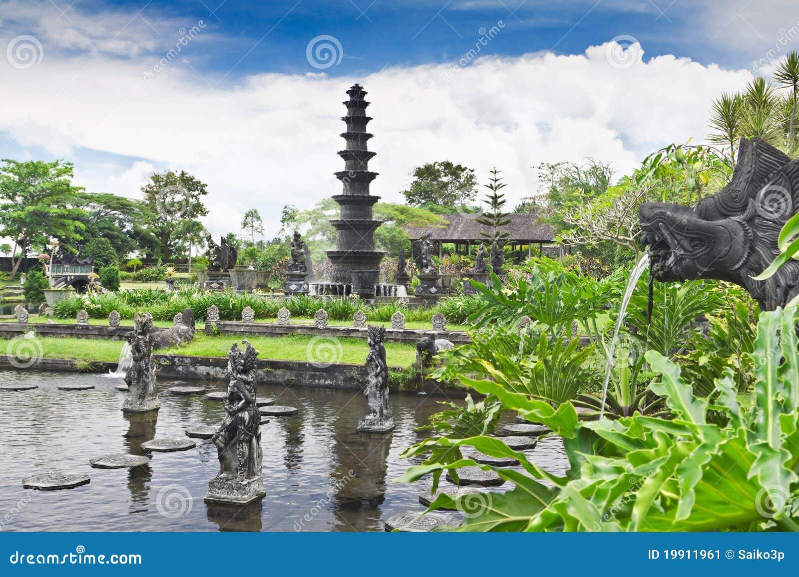 Palacio del agua de Tirtagangga