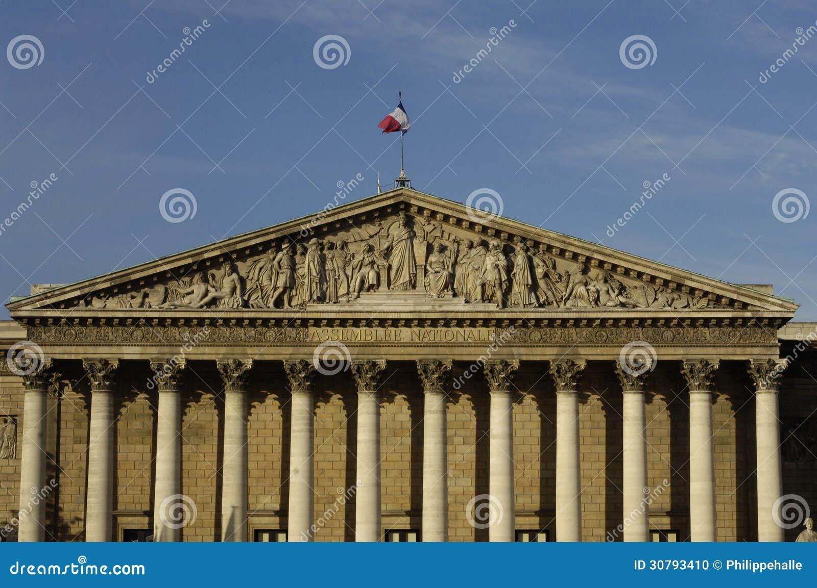 Palais bourbon di le il parlamento francese a parigi for Il parlamento