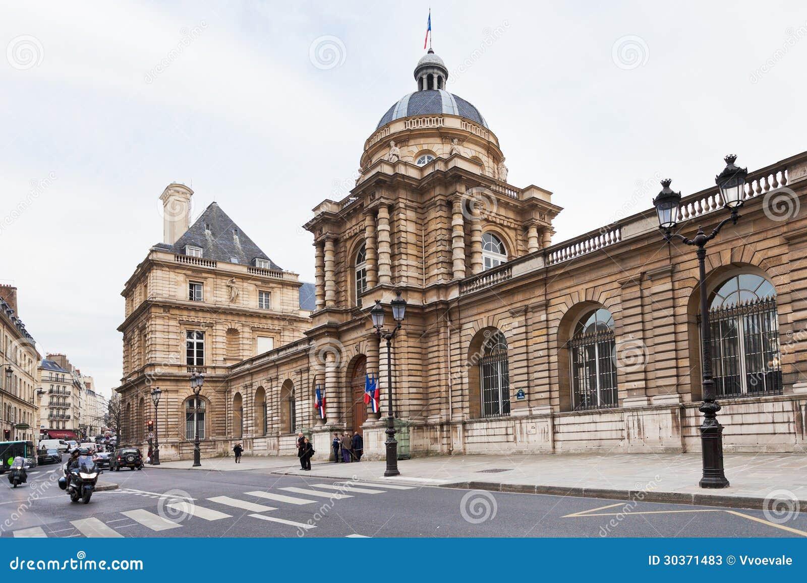 palais du luxembourgeois de rue de vaugirard paris photo stock ditorial. Black Bedroom Furniture Sets. Home Design Ideas