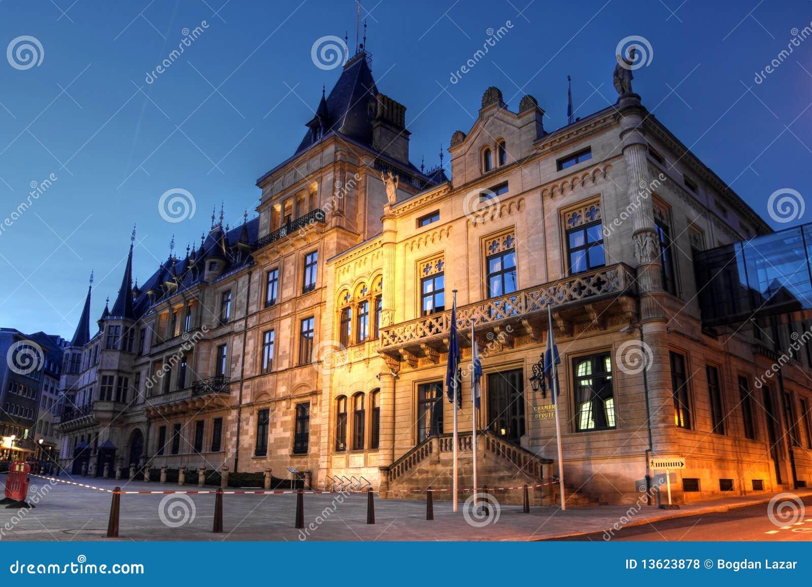 Grand Foyer Palais Du Luxembourg : Palais grand ducal dans la ville du luxembourg photo stock