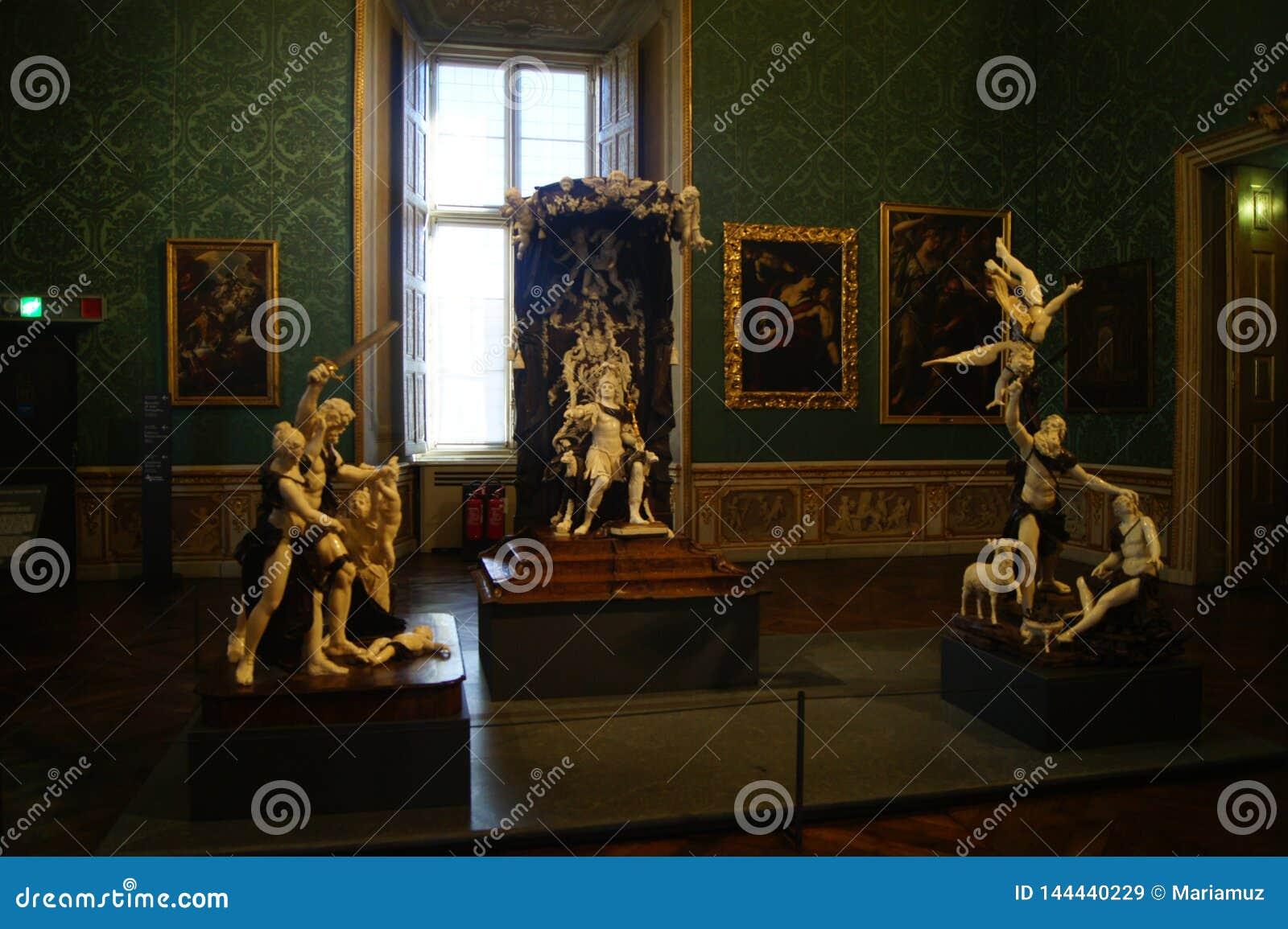Palais royal Palazzo Madama, groupe en ivoire de Turin de jugement de statues de Solomon