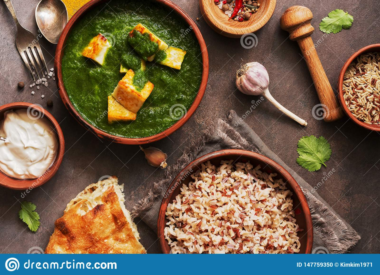 Super Palak Paneer Or Spinach And Cottage Cheese Curry Mortar With Home Interior And Landscaping Analalmasignezvosmurscom