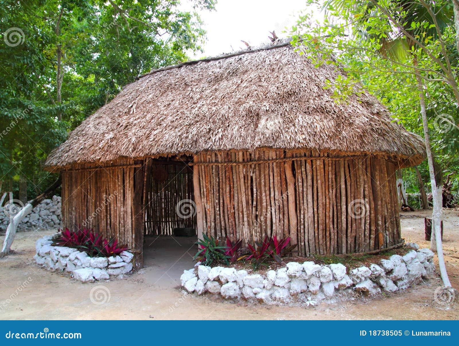 Palapa maya de hutte de cabine de maison en bois du for La maison du mexique