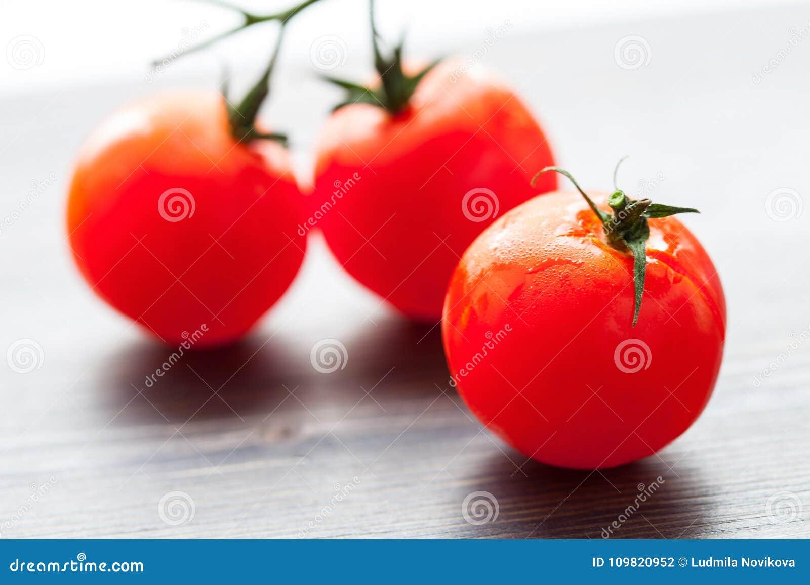 Palatable fresh tomatos
