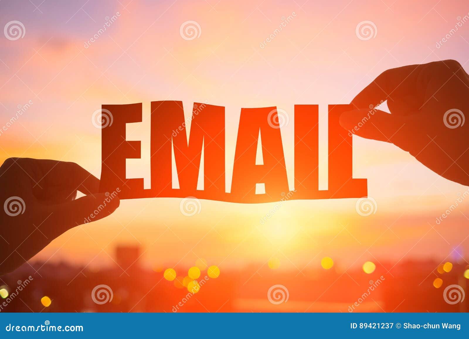 Palavra do email da tomada da mão