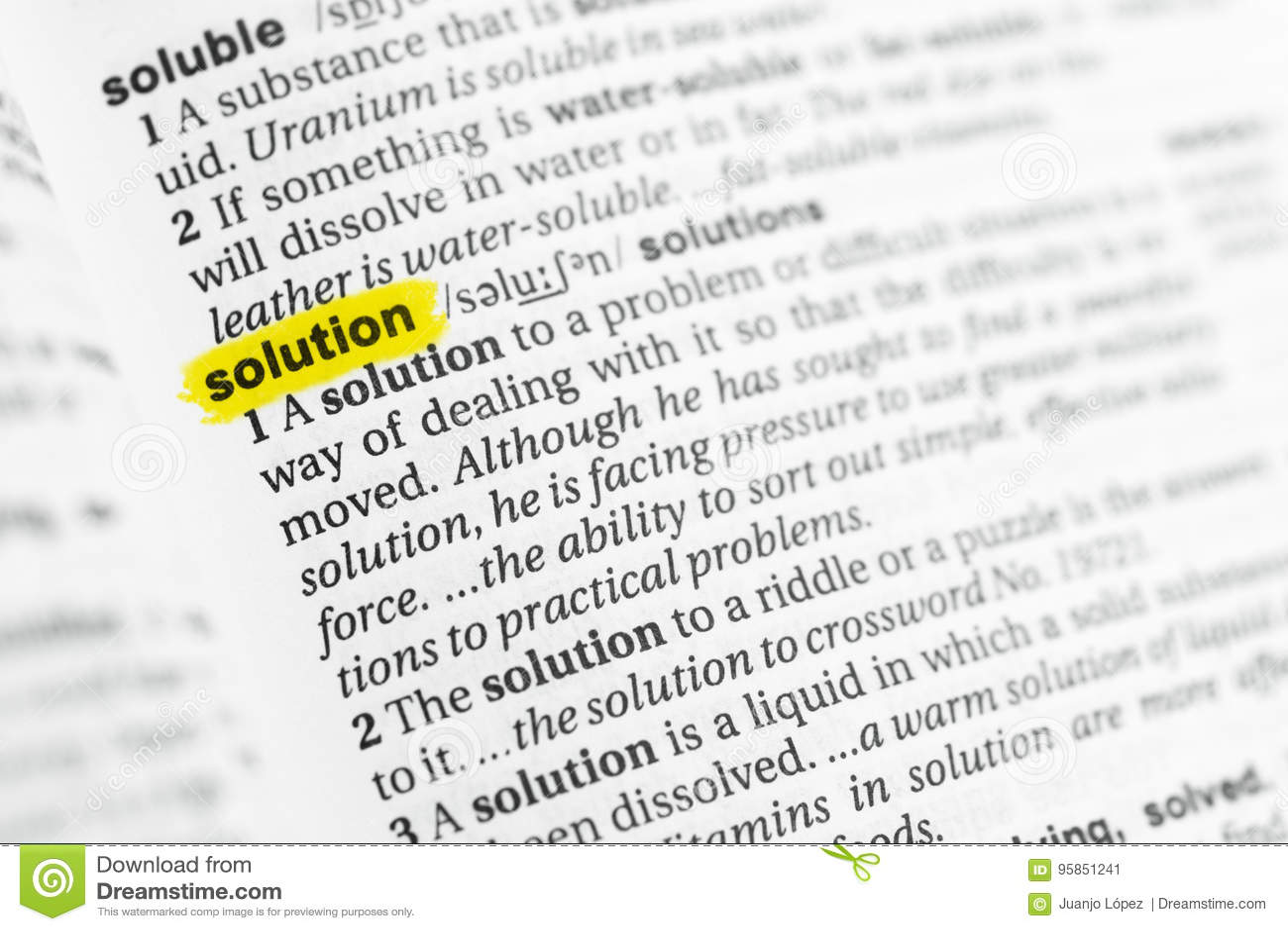 Palavra inglesa destacada & x22; solution& x22; e sua definição no dicionário